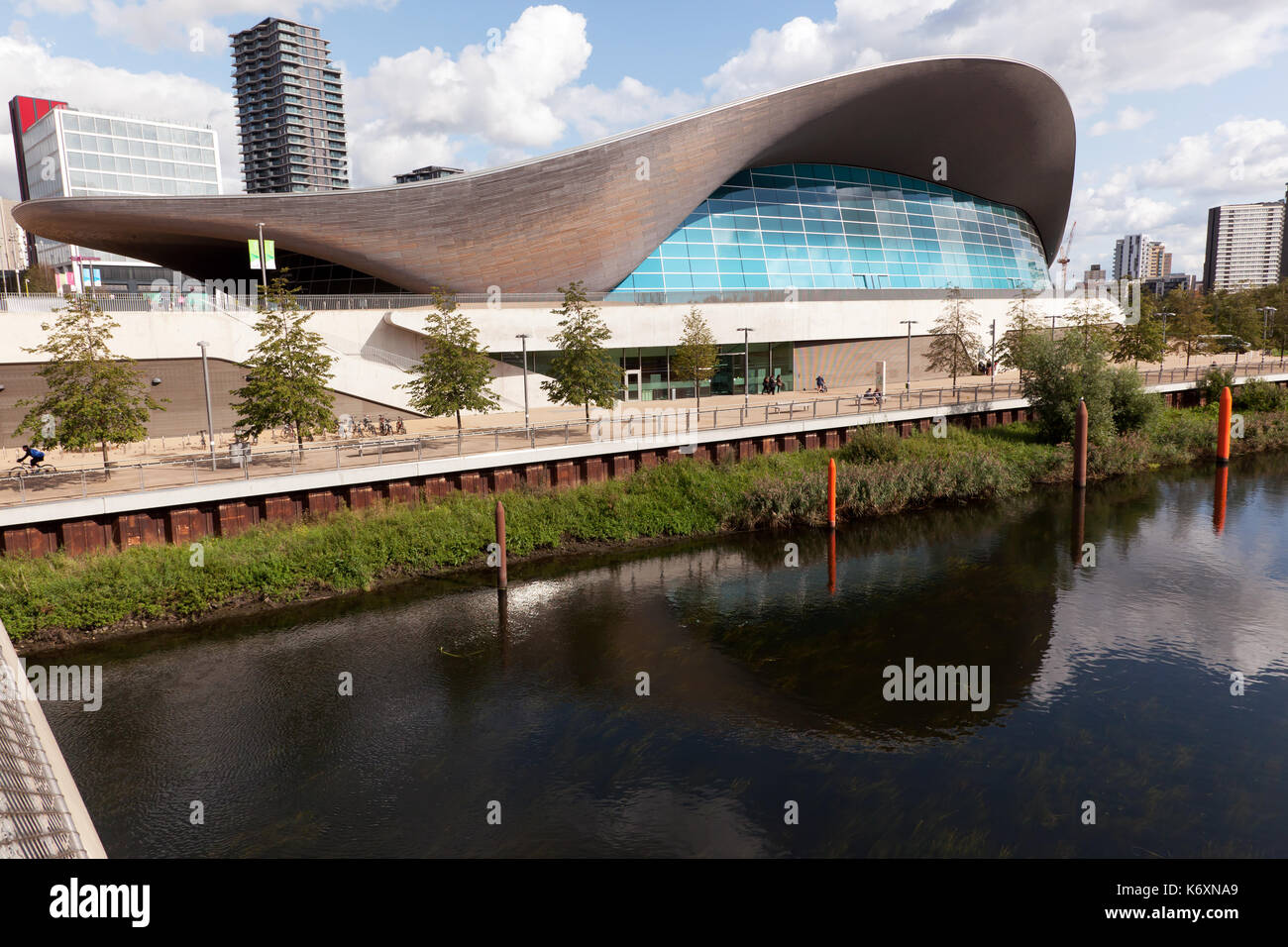 London swimming pool stock photos london swimming pool - Queen elizabeth olympic park swimming pool ...