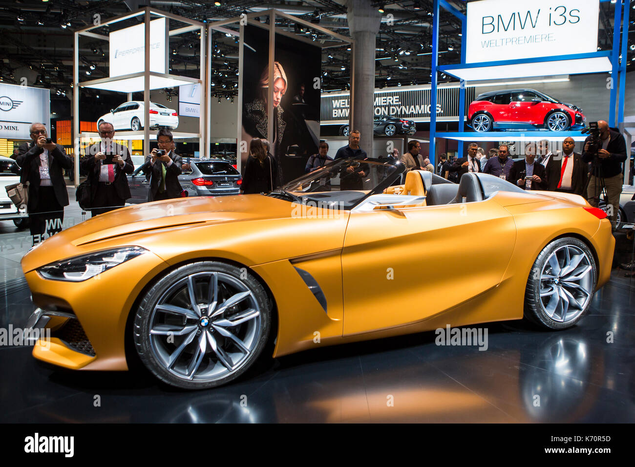 Bmw Roadster Stock Photos Amp Bmw Roadster Stock Images Alamy