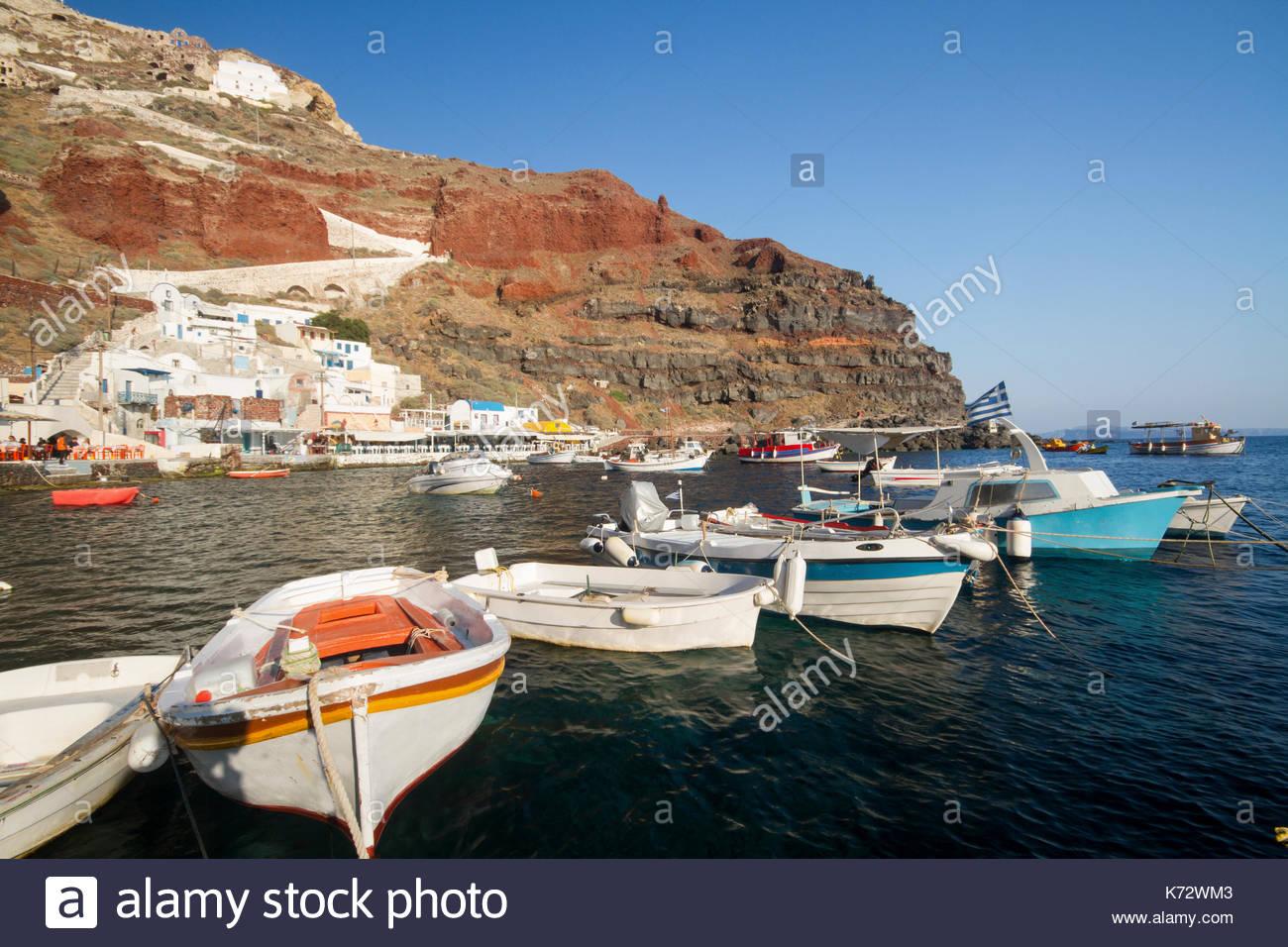 Amoudi Villas Ammoudi Harbour Stock Photos Ammoudi Harbour Stock Images Alamy