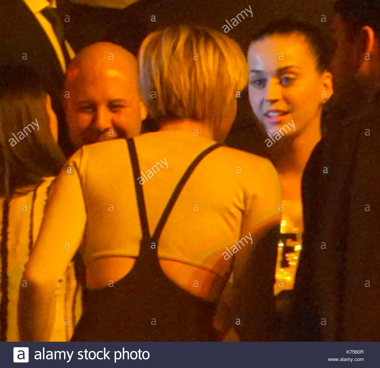 Miley cyrus and katy perry miley cyrus dances with britney spears miley cyrus dances with britney spears mom lynne kristyandbryce Choice Image