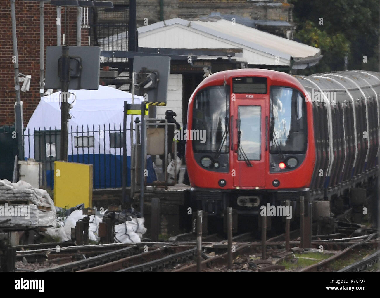 A forensic tent on the platform at Parsons Green station in west London after Scotland Yard & A forensic tent on the platform at Parsons Green station in west ...