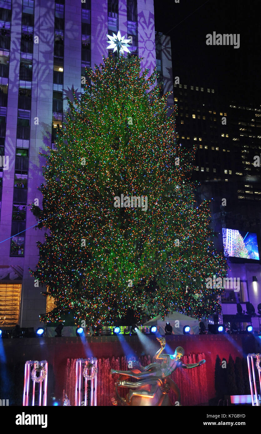new yorkny december 3 atmosphere at the 82nd annual rockefeller christmas tree lighting ceremonyon december 3 2014 in new york city - New York Christmas Tree Lighting 2014