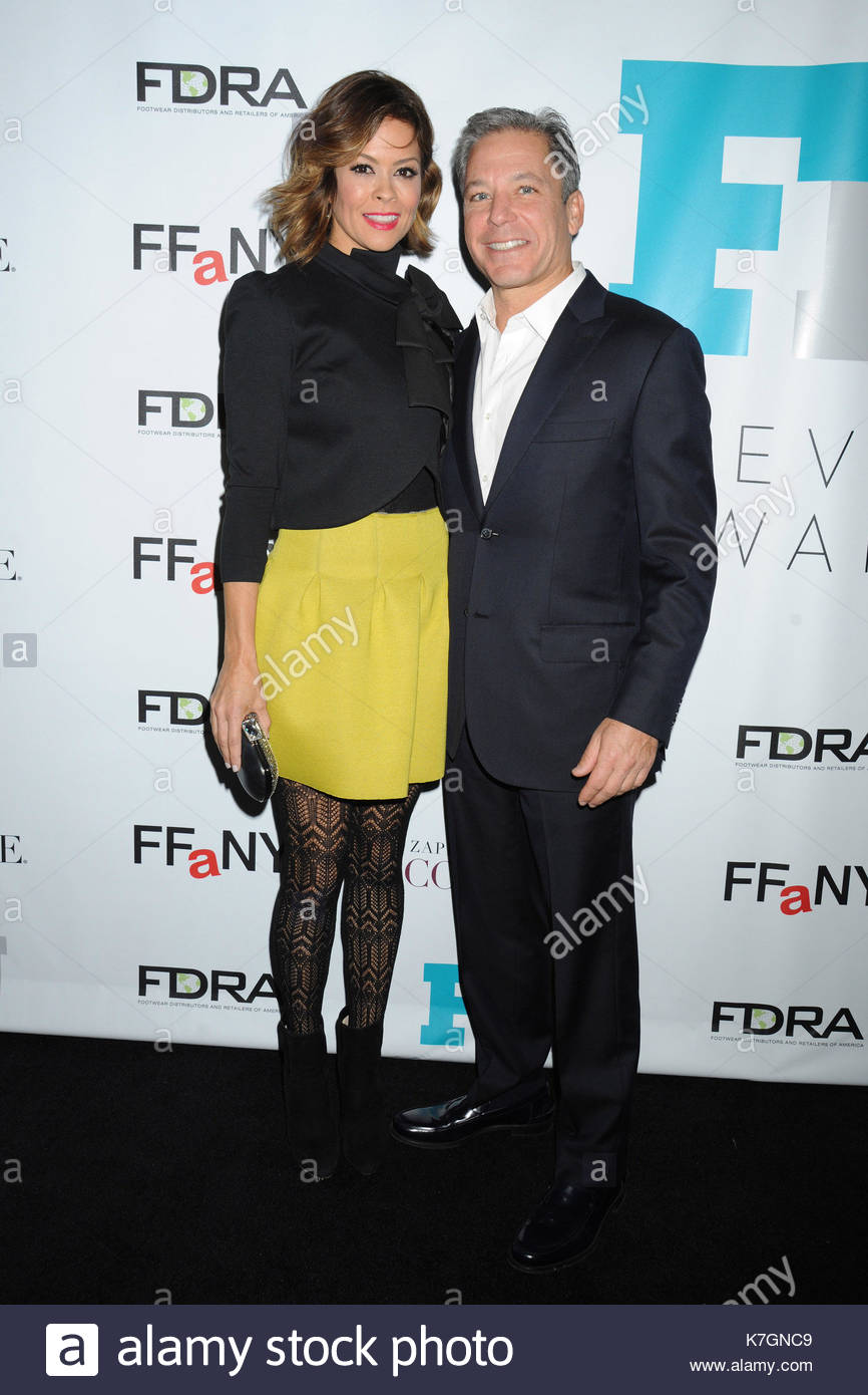 David charvet and brooke burke charvet celebrity meet and greet at celebrity meet and greet at the 28th annual footwear news achievement awards and hall of fame gala held at the iac headquarters building in nyc m4hsunfo