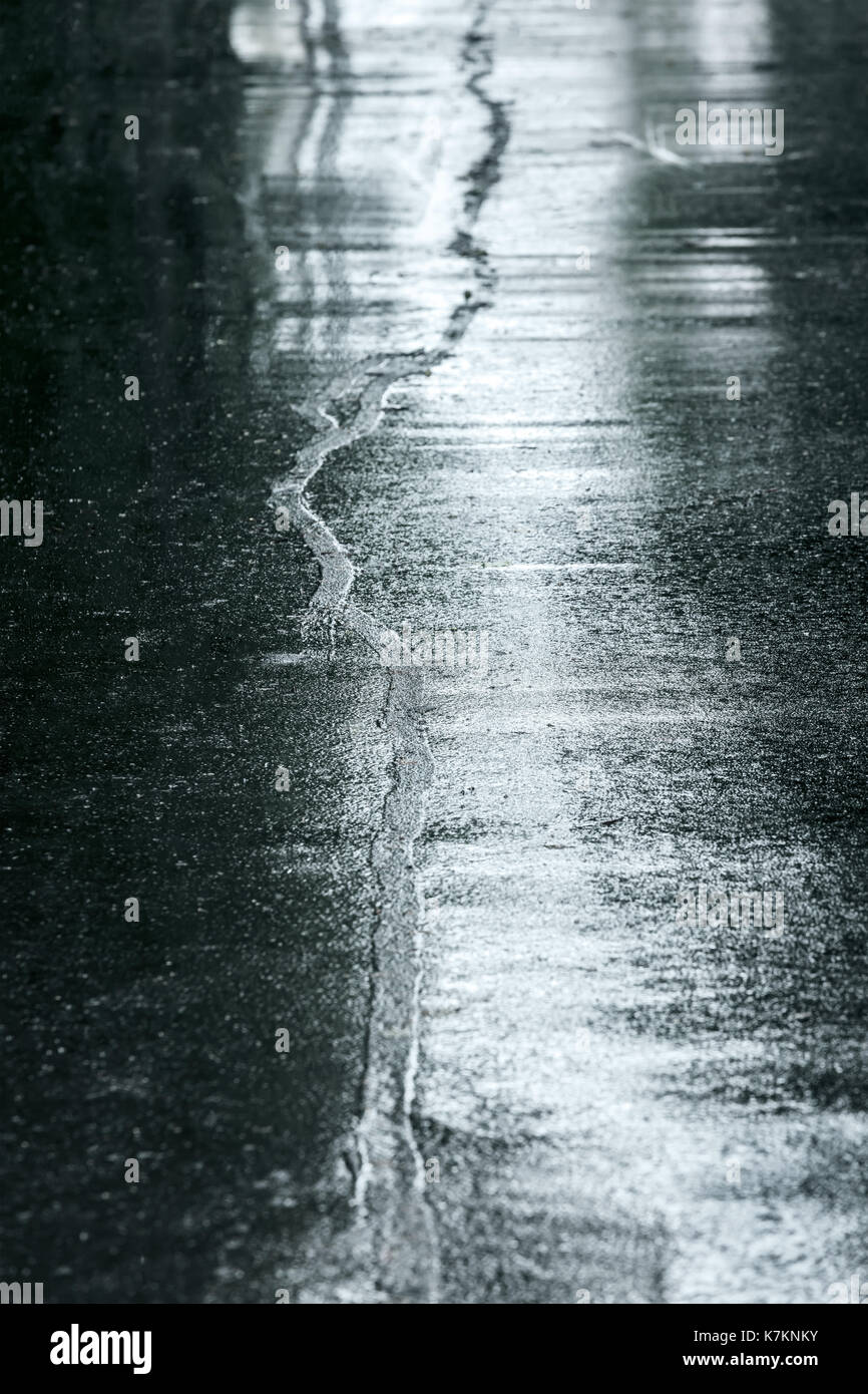 Wet asphalt - the color of calm, harmony and practicality 58