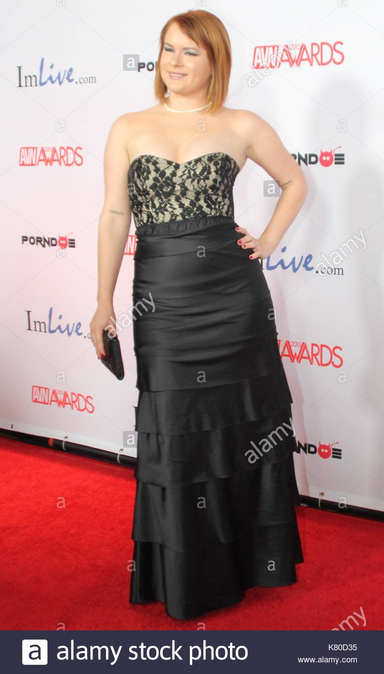 Claire Robbins The Avn Awards Were Held At The Joint Inside The Las Vegas Hard Rock Hotel And Casino Saturday Night Over 300 People Walked The Red Carpet