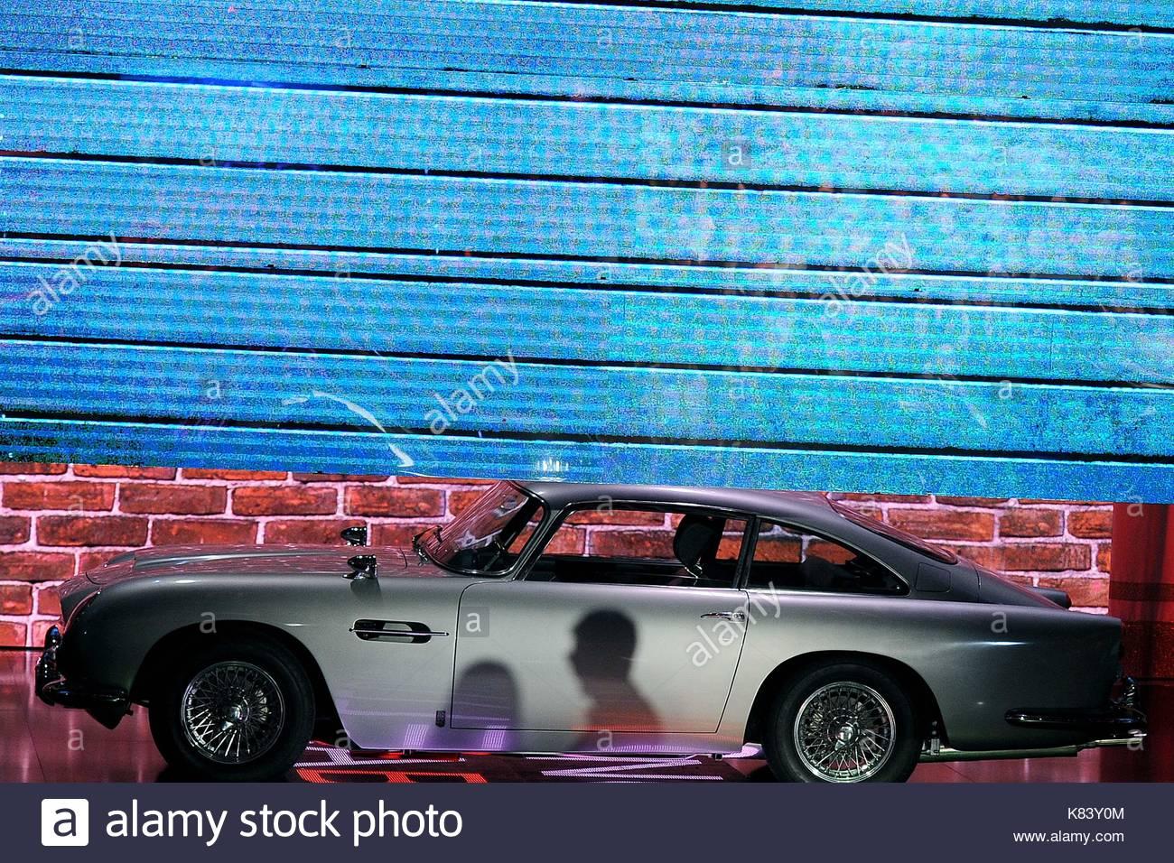 Aston Martin Fabio Fazio Hosts The Italian TV Show Che Tempo Che - Classic car studio tv show