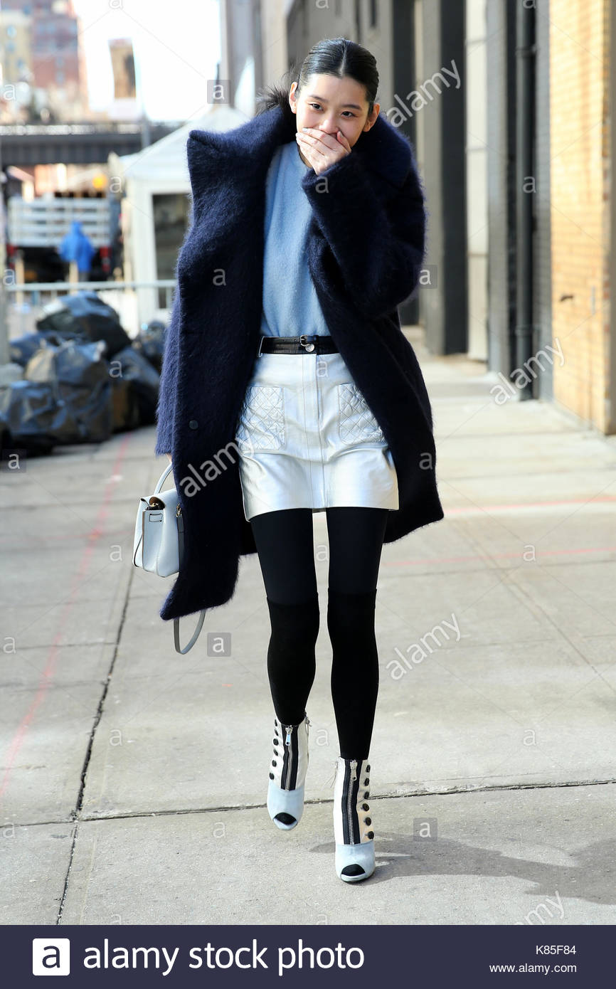 Ming Xi Street Style Chinese Fashion Model Ming Xi Leaves The Stock Photo 159932308 Alamy