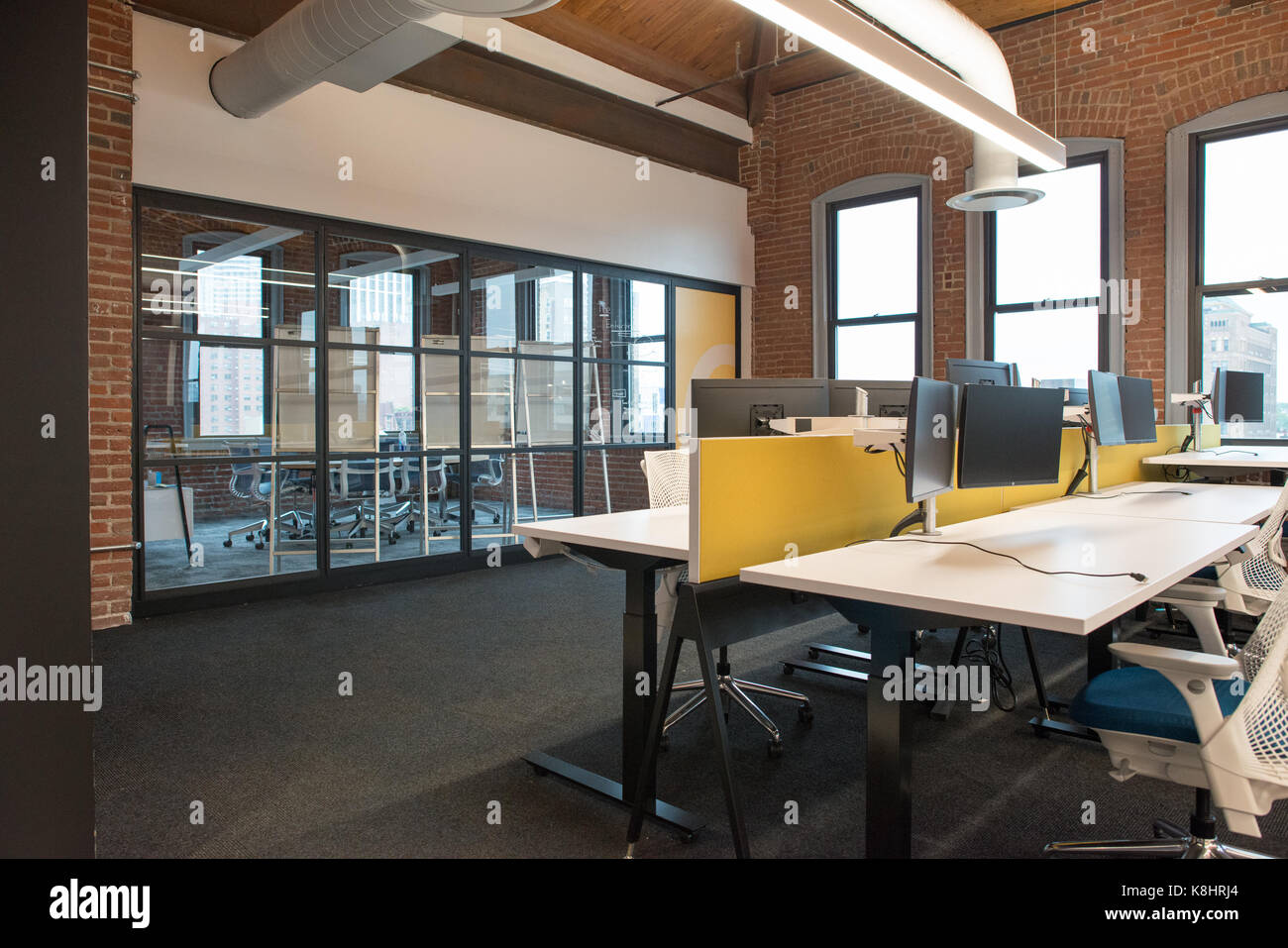 Trendy Modern Open Concept Loft Office Space With Big Windows Natural Light And A Layout To Encourage Collaboration Creativity Innovation