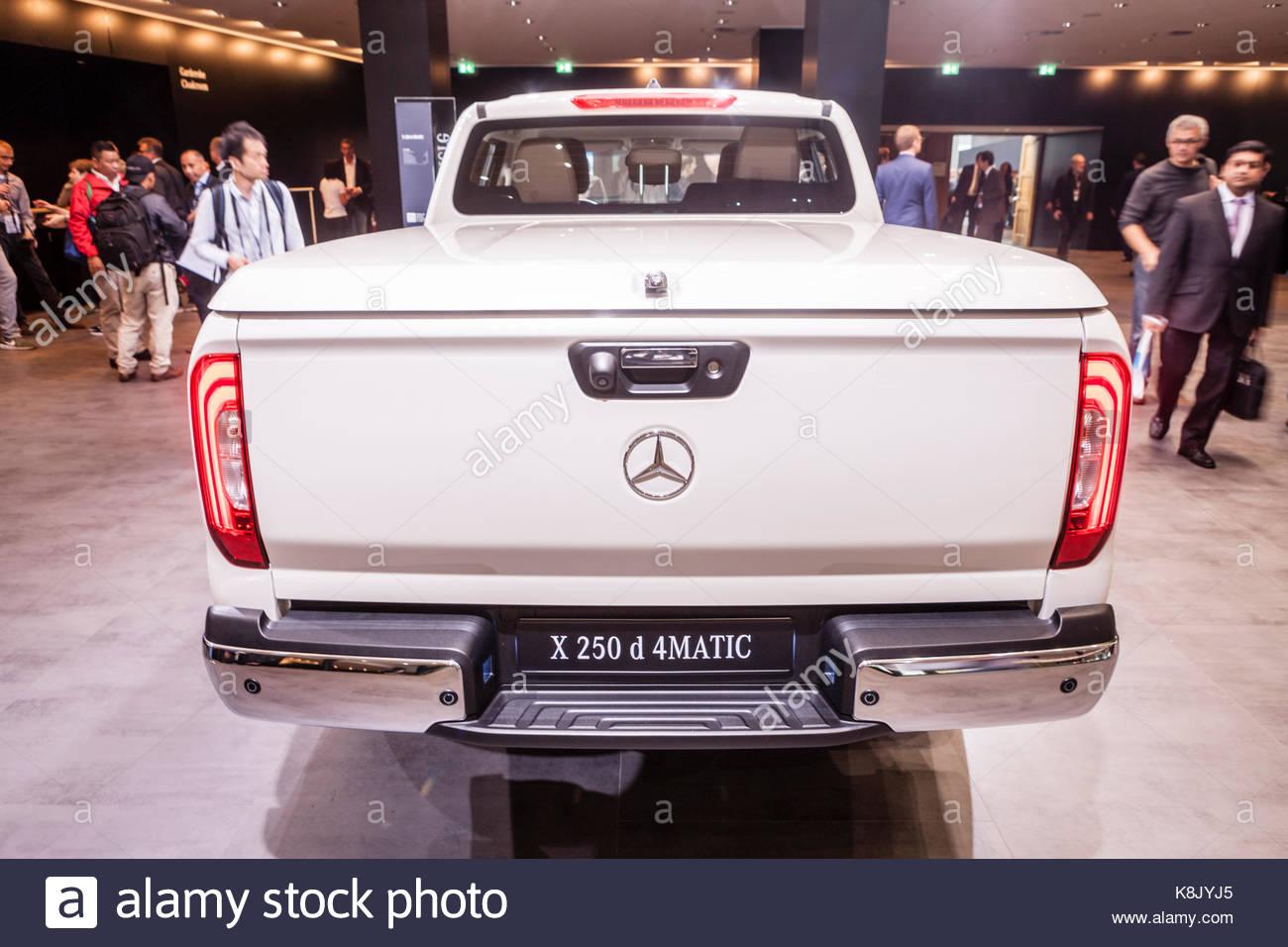mercedes benz x 250 d 4matic pick up truck at iaa 2017 car. Black Bedroom Furniture Sets. Home Design Ideas