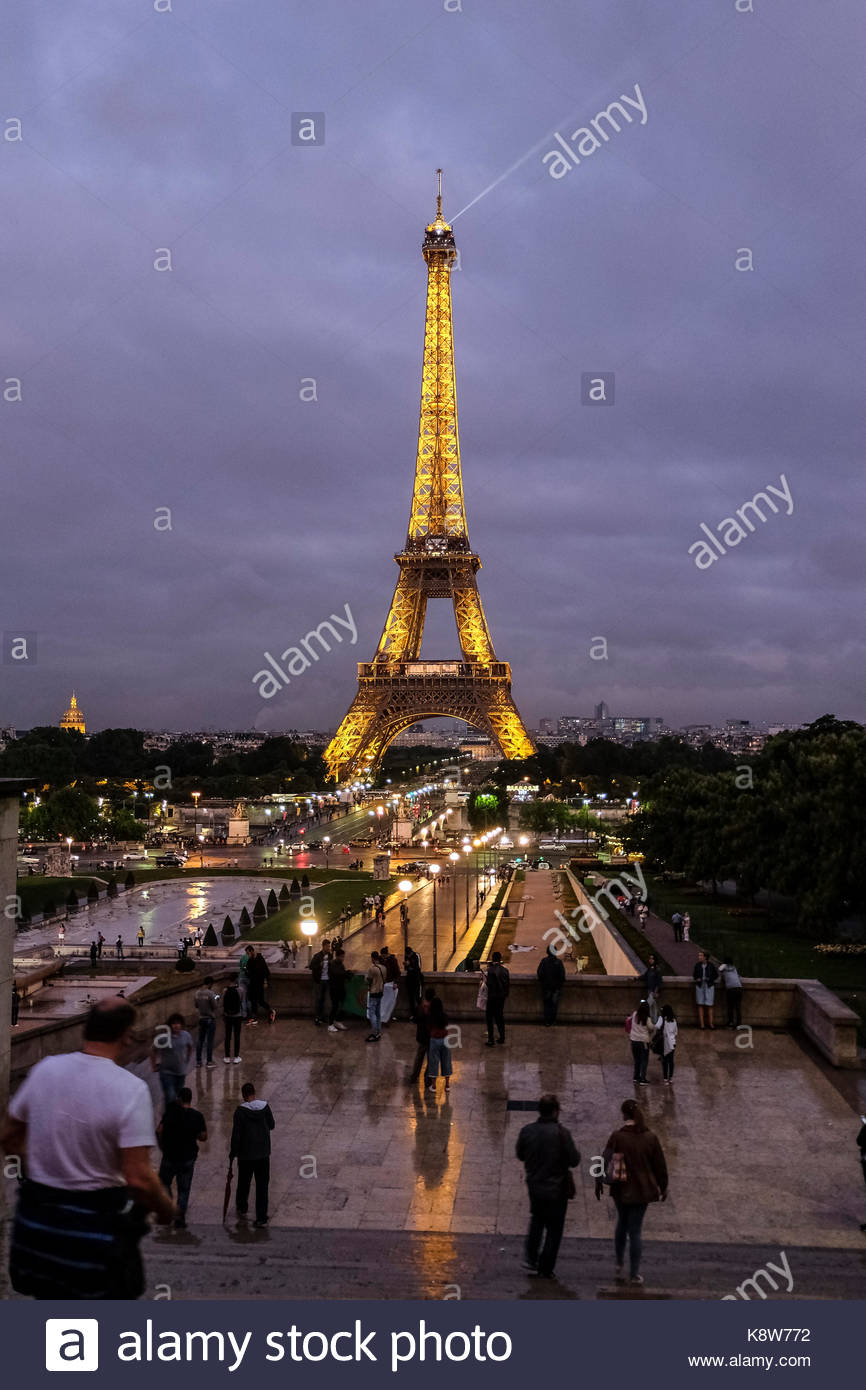 paris jardin des tuileries eiffel stock photos paris jardin des tuileries eiffel stock images. Black Bedroom Furniture Sets. Home Design Ideas