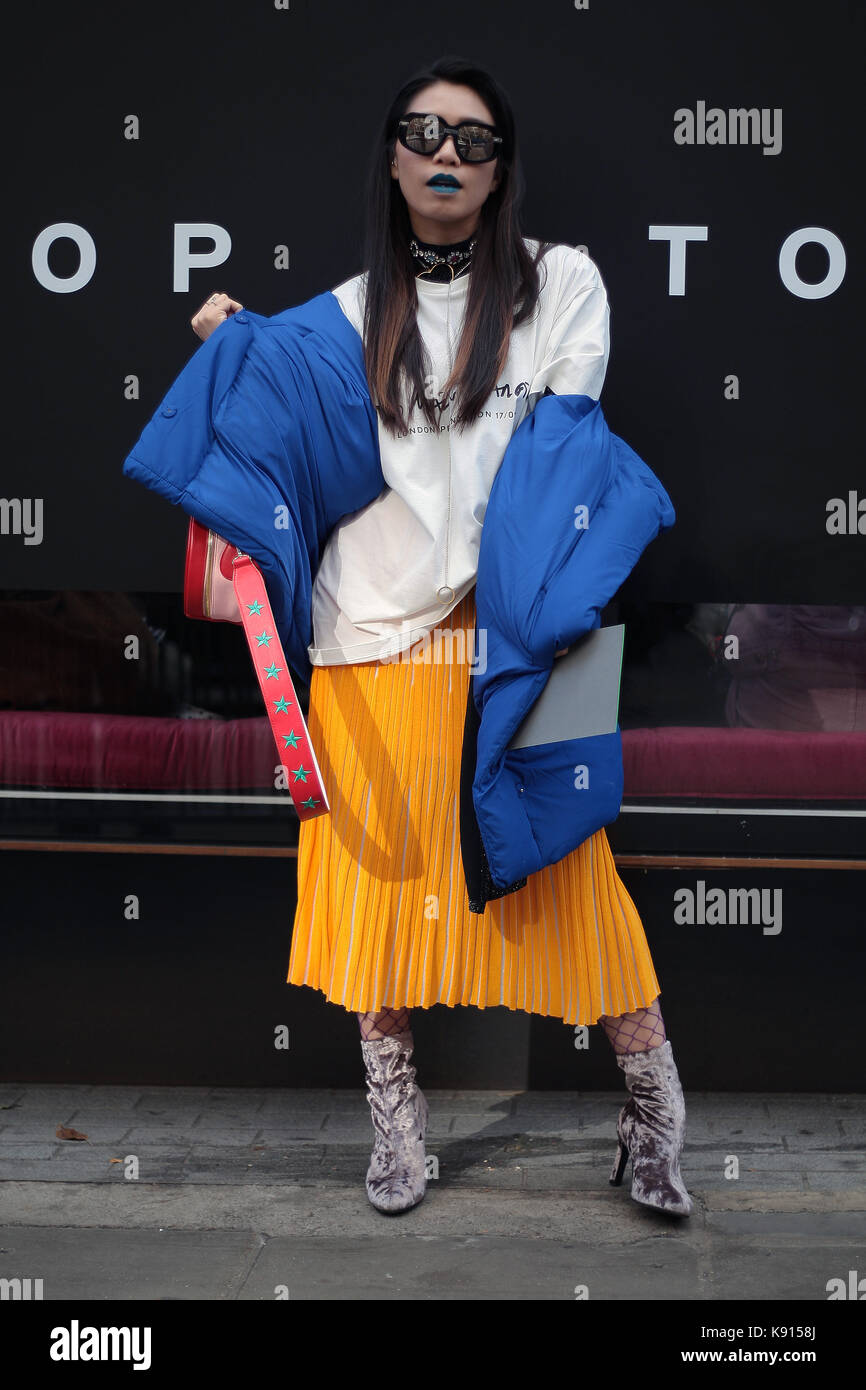 Street Style From Day Three Of London Fashion Week Spring Summer Stock Photo 160451330 Alamy