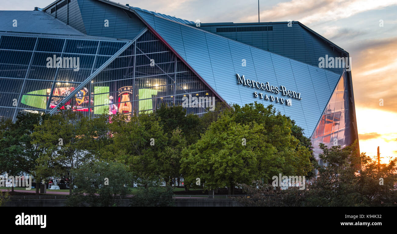 Super major stock photos super major stock images alamy for Mercedes benz stadium atlanta united