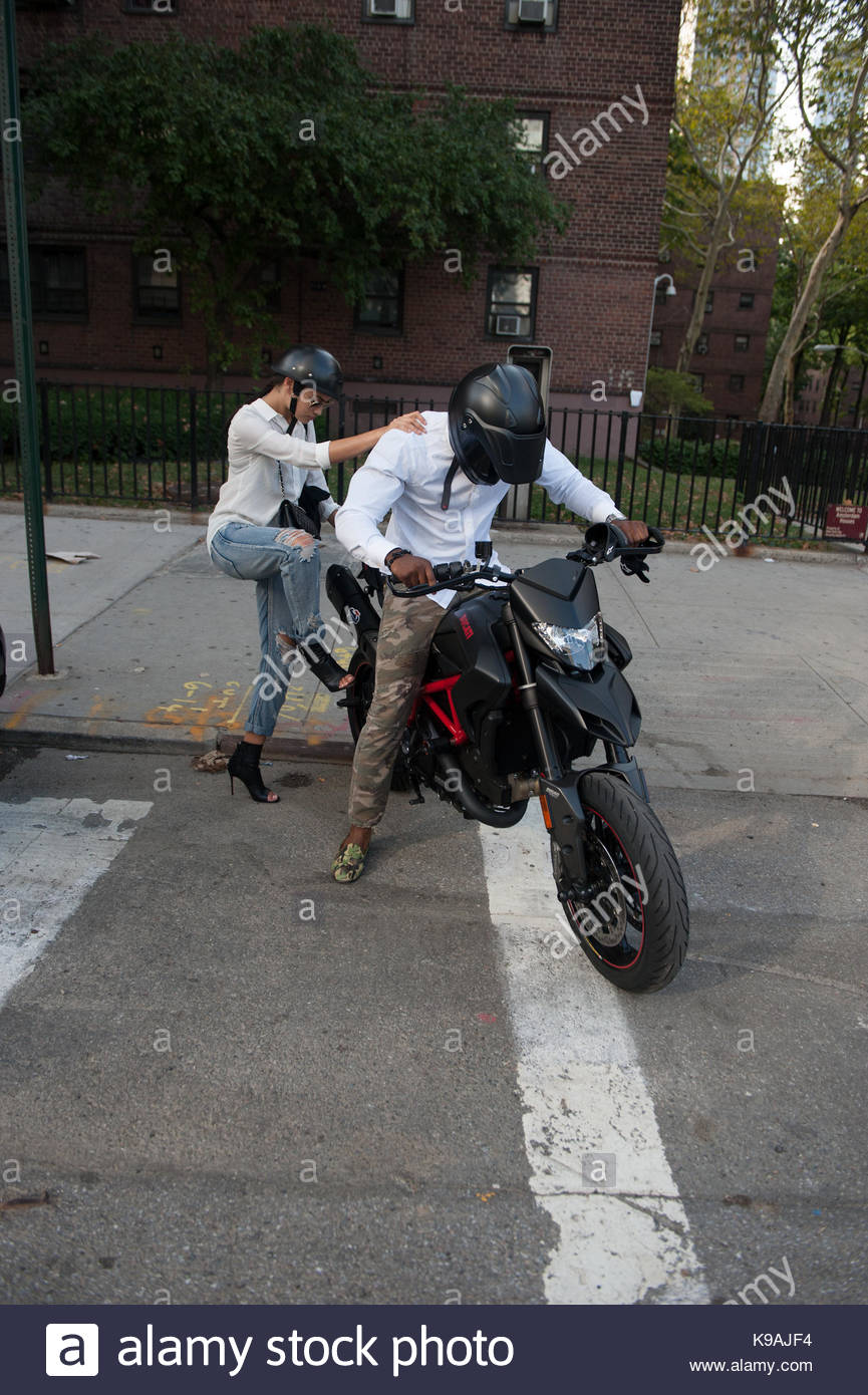 Tyson Beckford leaves the NYFW Tents on his motorcycle & Tyson Beckford. Tyson Beckford leaves the NYFW Tents on his Stock ...