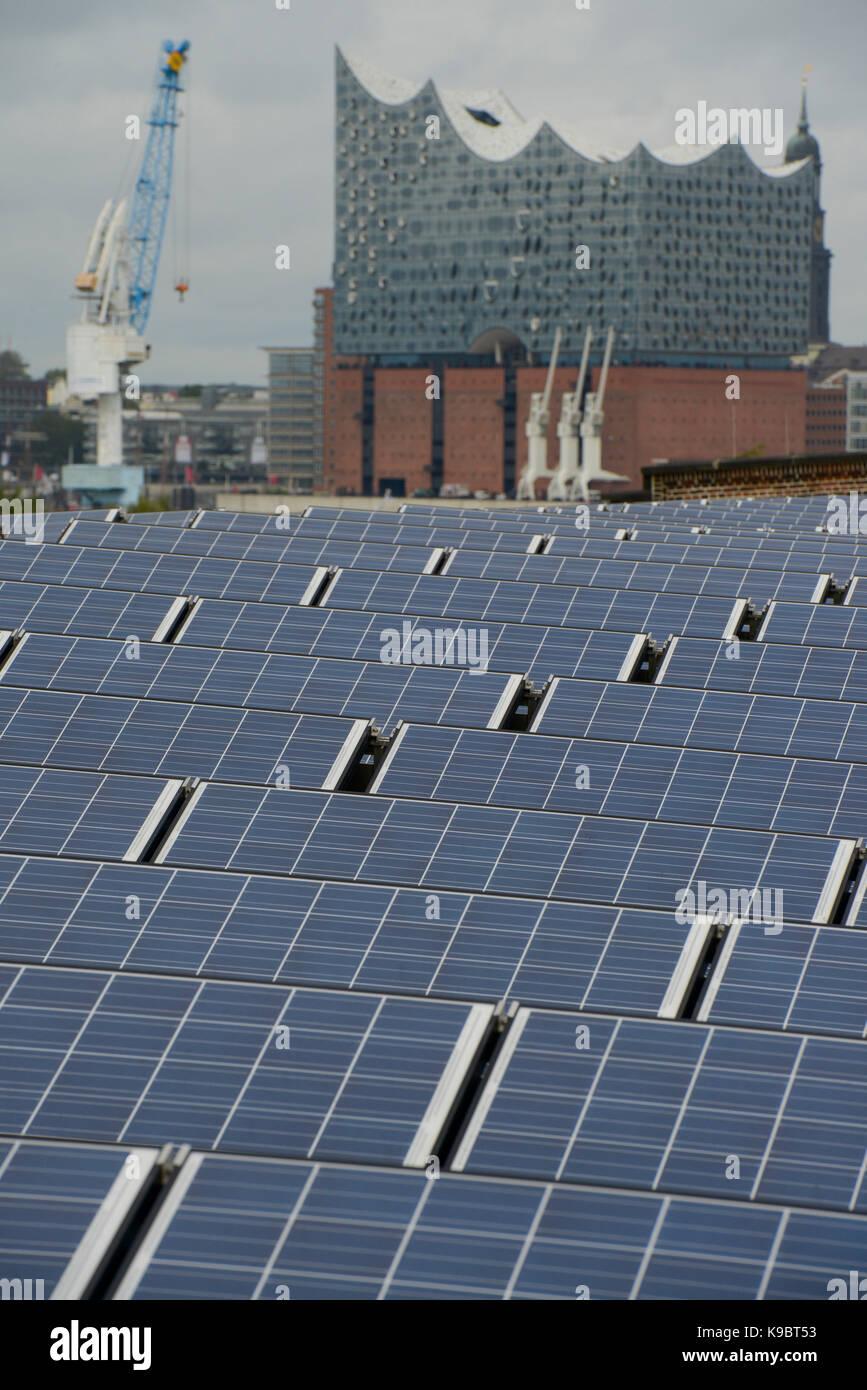Roof Elbphilharmonie Stock Photos & Roof Elbphilharmonie Stock Images - Alamy
