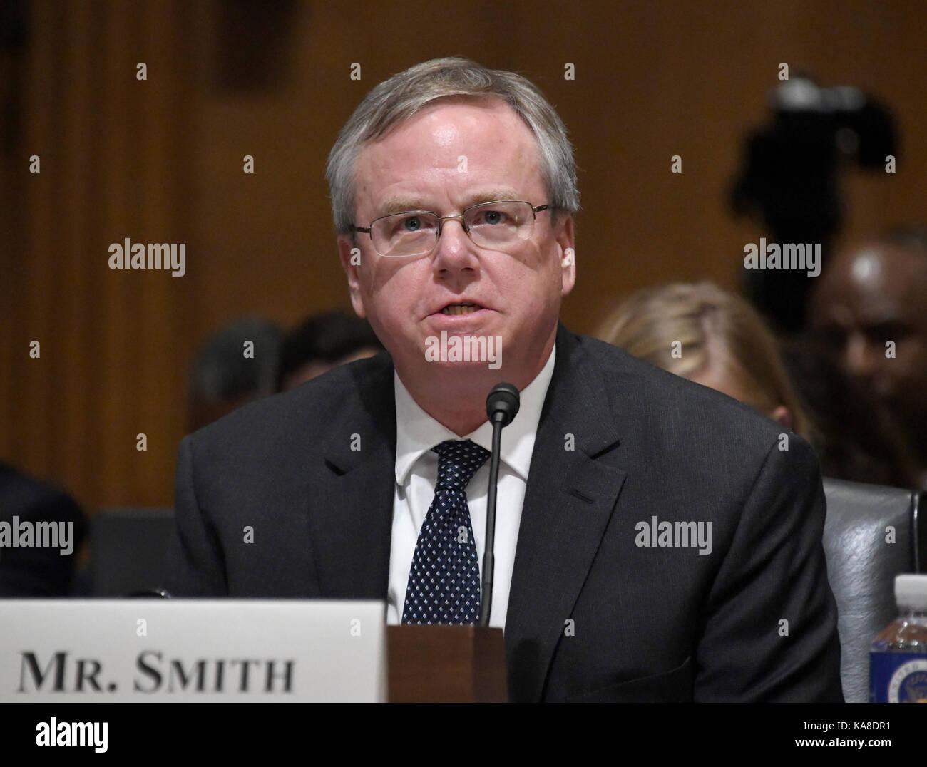 Mr Dennis Smith