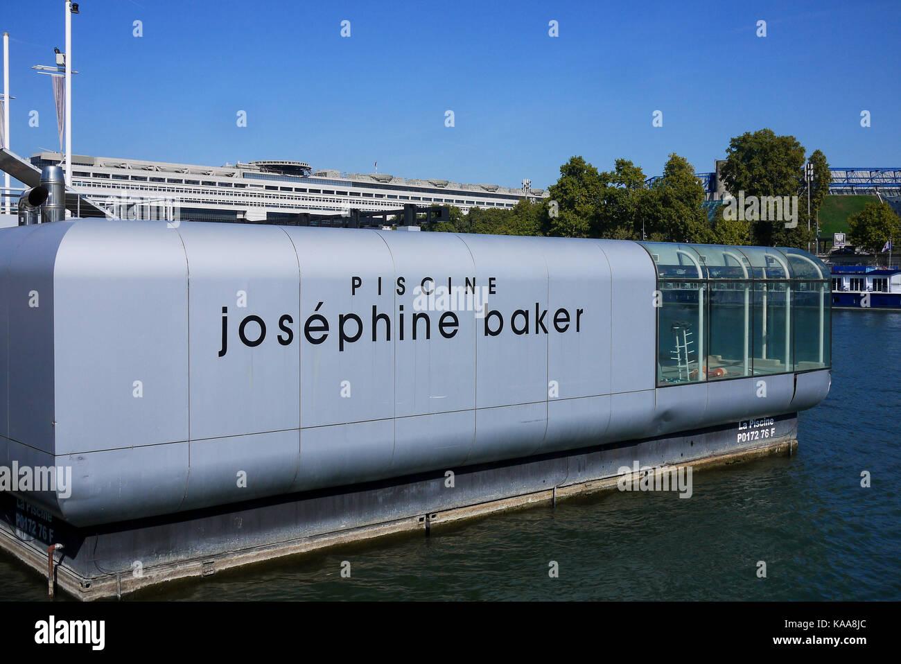 Josephine baker paris stock photos josephine baker paris for Josephine baker pool paris
