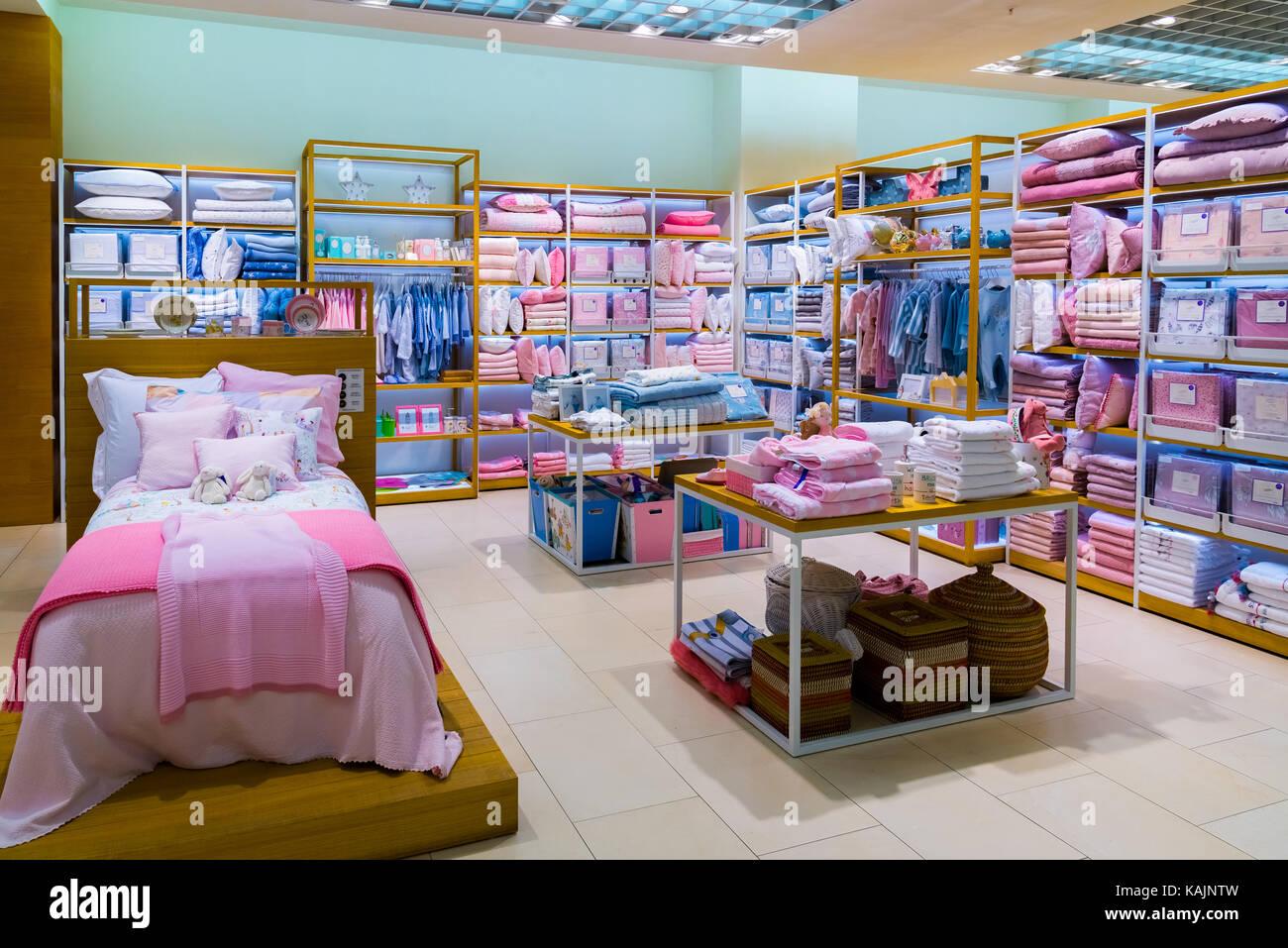 zara shop inside stock photos zara shop inside stock images alamy. Black Bedroom Furniture Sets. Home Design Ideas
