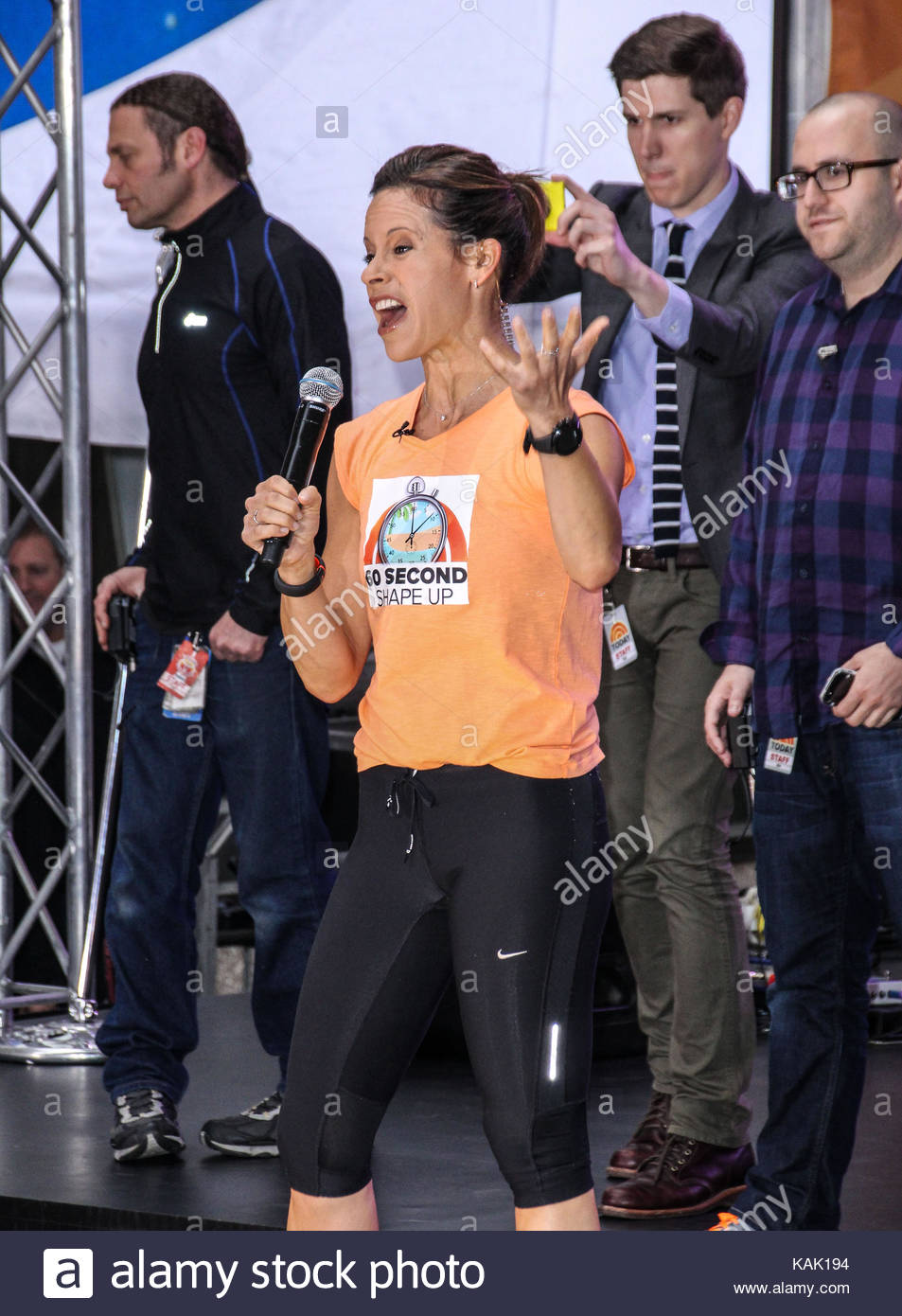 Jenna Wolfe Tim Mcgraw Performs On Nbc S Today Show At The Stock