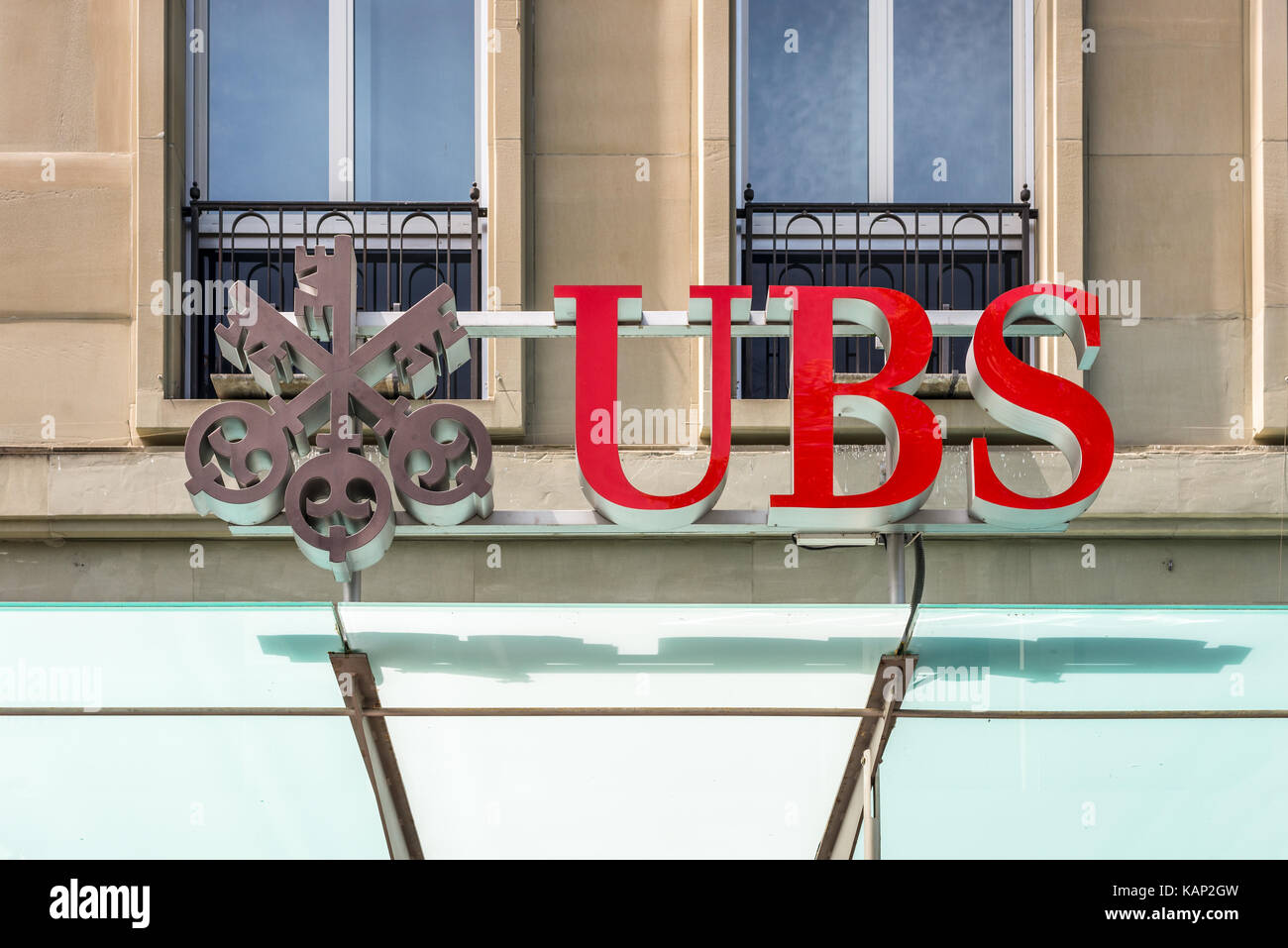 Ubs bank switzerland stock photos ubs bank switzerland stock bern switzerland may 26 2016 ubs bank symbol at the city center buycottarizona Image collections