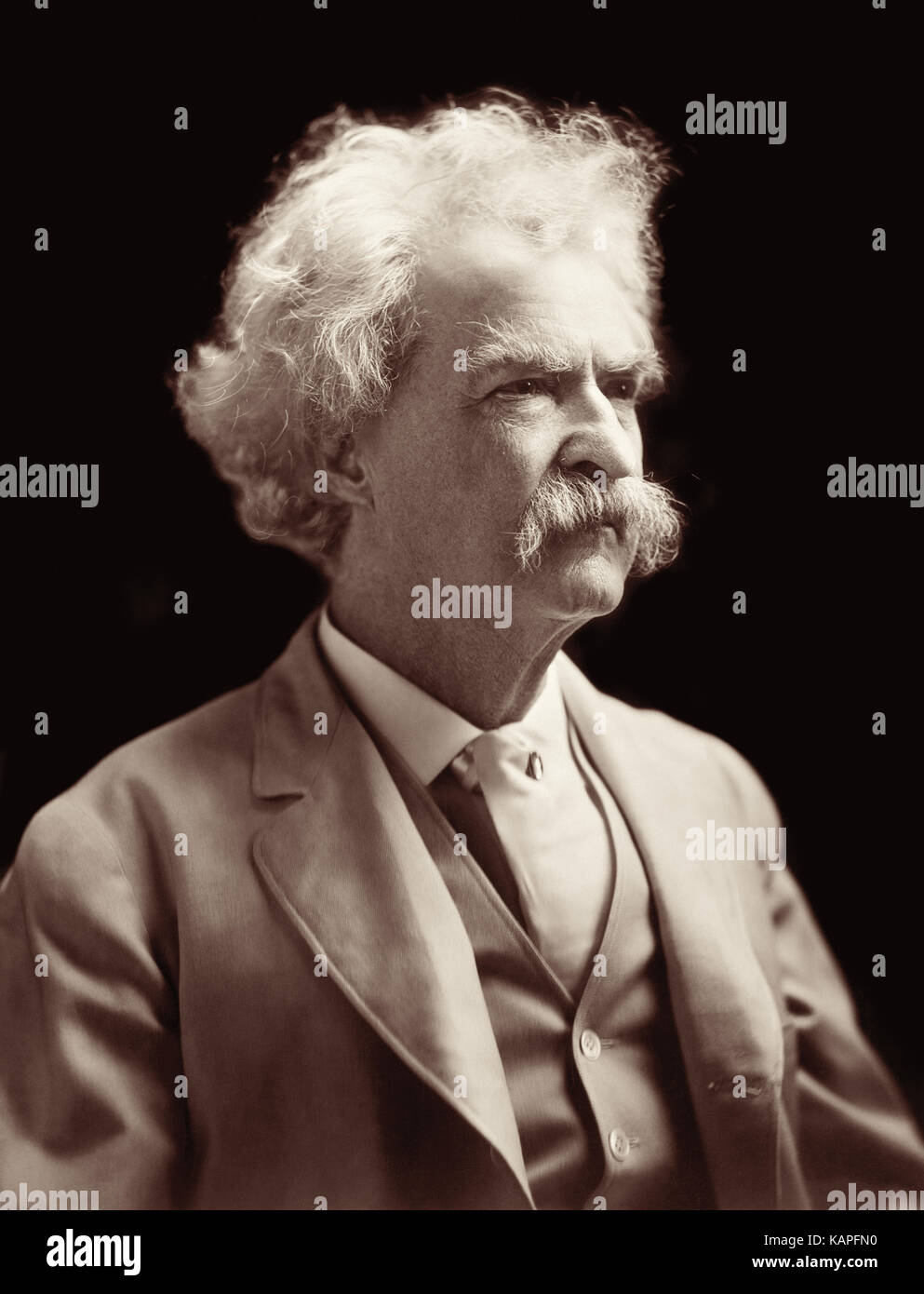 a biography of samuel langhorne clemens mark twain a writer Mark twain's biography  born november 30th, 1835, samuel langhorne clemens was the sixth child of john marshal and  and later a writer/editor at the hannibal .