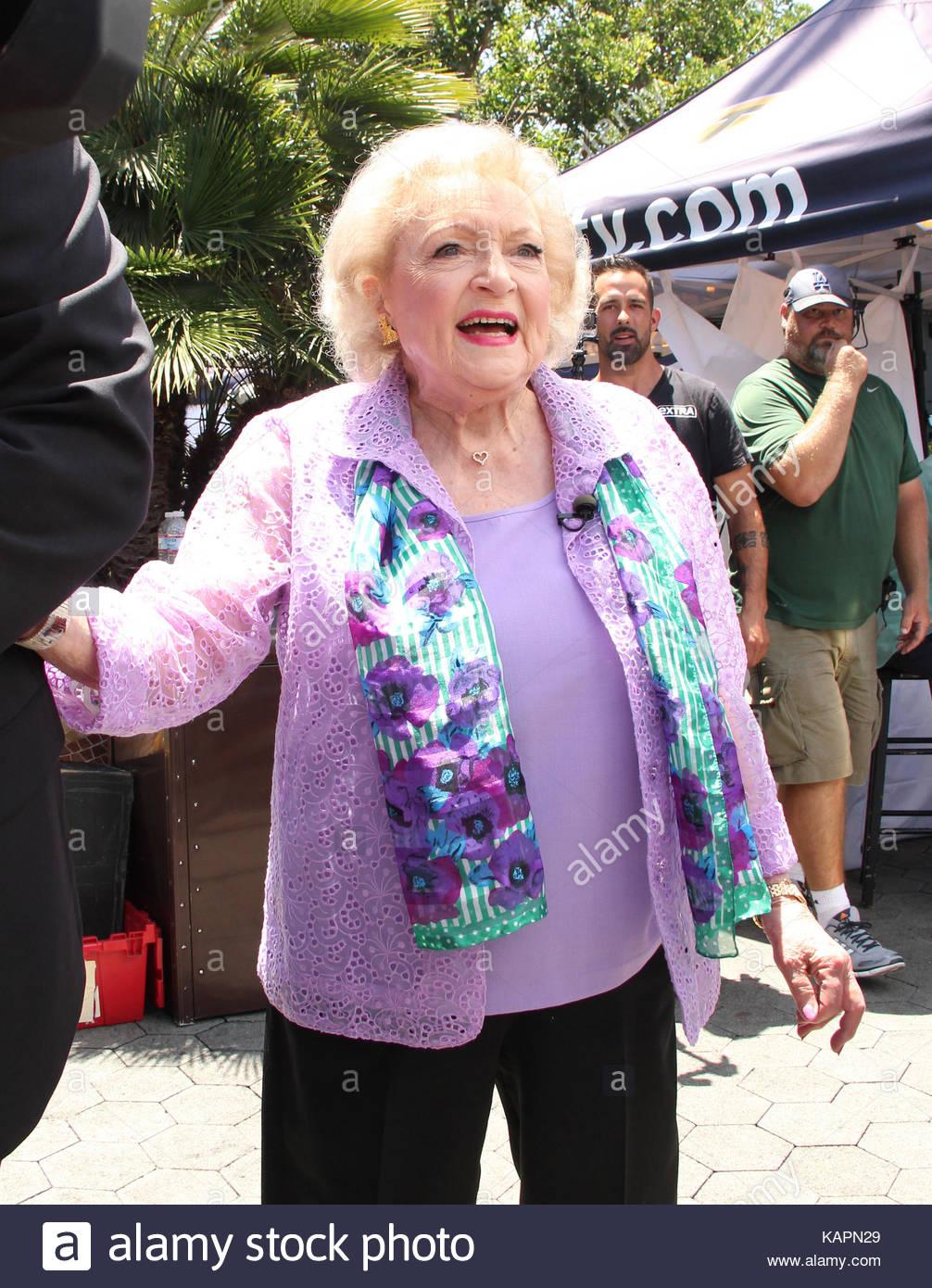 Watch 29. Betty White video