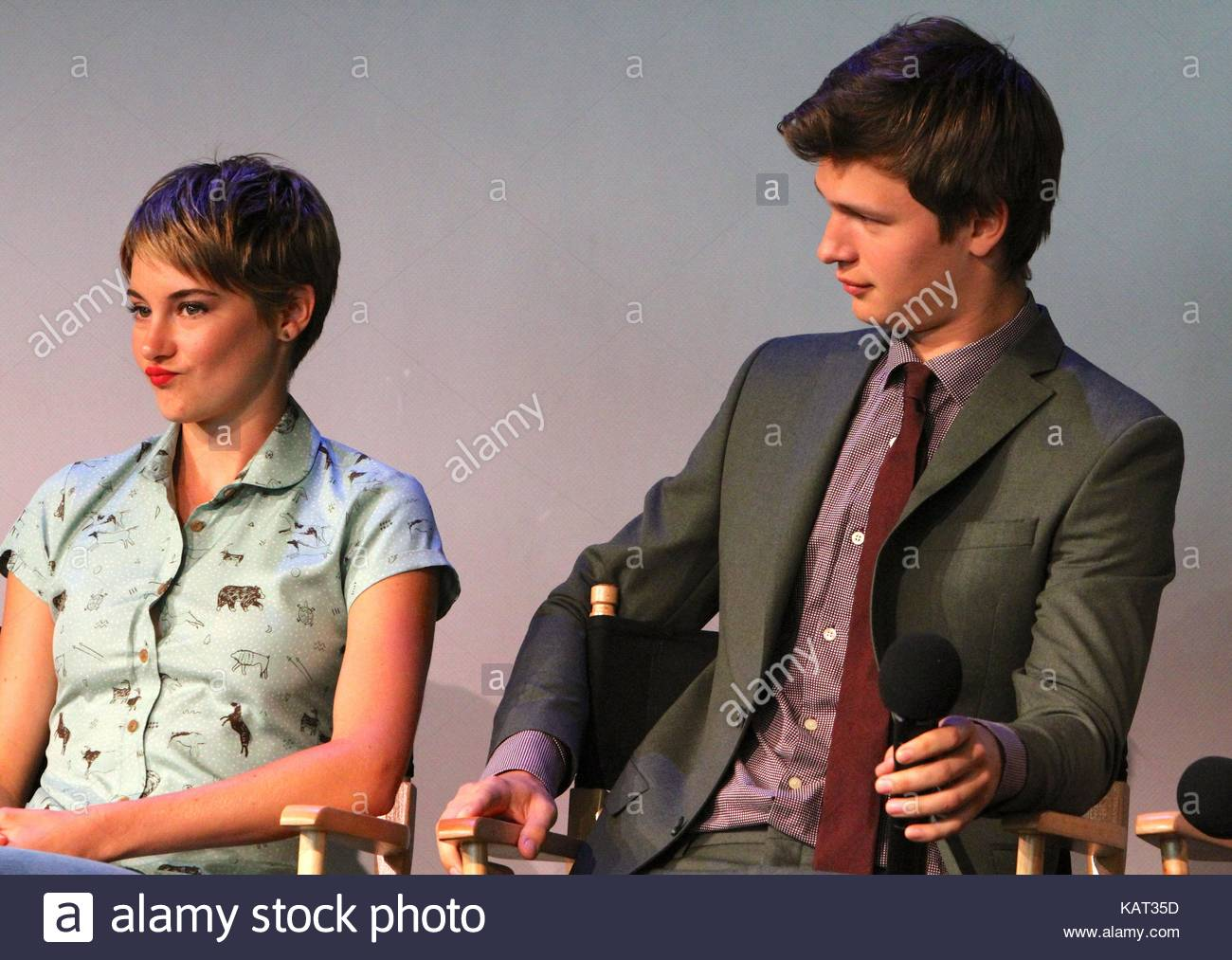 Shailene woodley and ansel elgort apple store soho presents meet apple store soho presents meet the filmmakers john green sam trammell and laura dern the fault in our stars event in nyc m4hsunfo