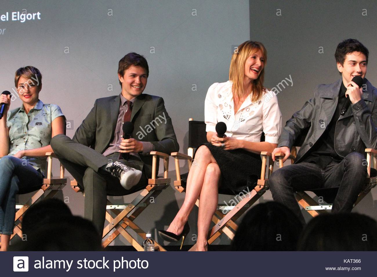 Shailene woodley ansel elgort laura dern and nat wolff apple shailene woodley ansel elgort laura dern and nat wolff apple store soho presents meet the filmmakers john green sam trammell and laura dern the m4hsunfo