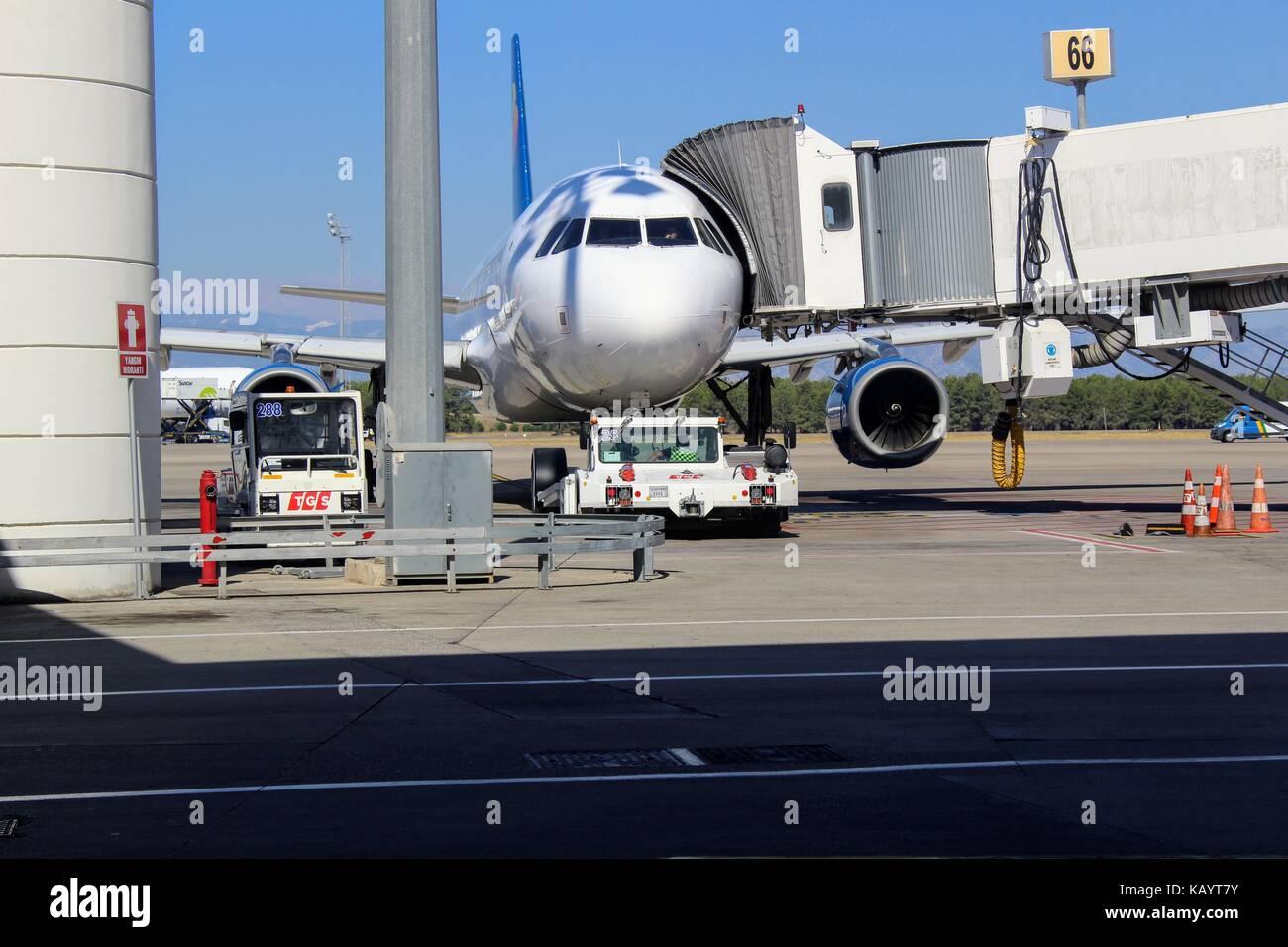 Airplane Luggage Stock Photos & Airplane Luggage Stock ...