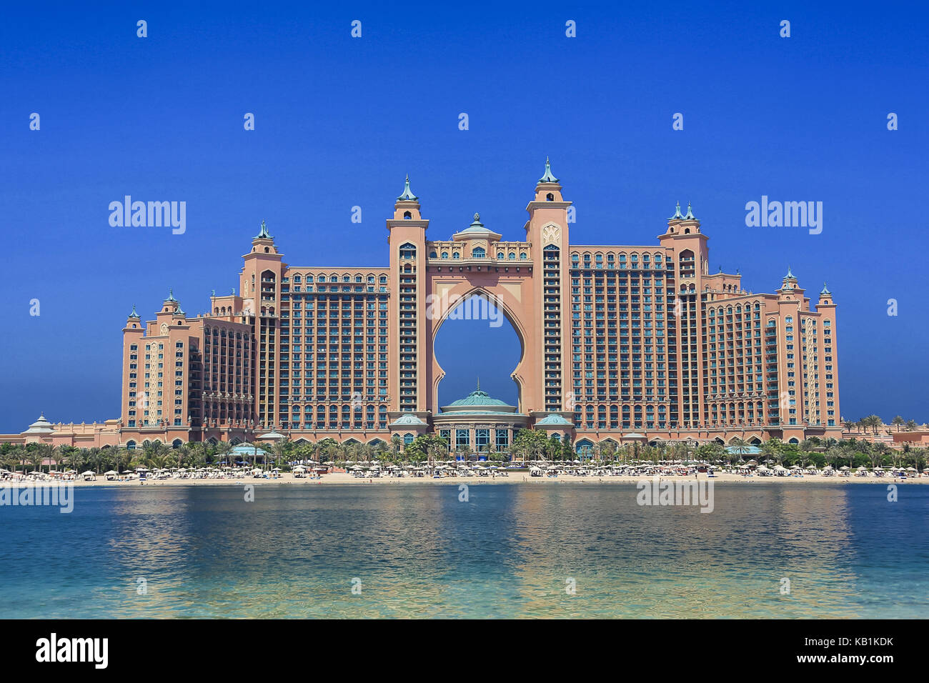 Atlantis dubai stock photos atlantis dubai stock images for Dubai palm hotel