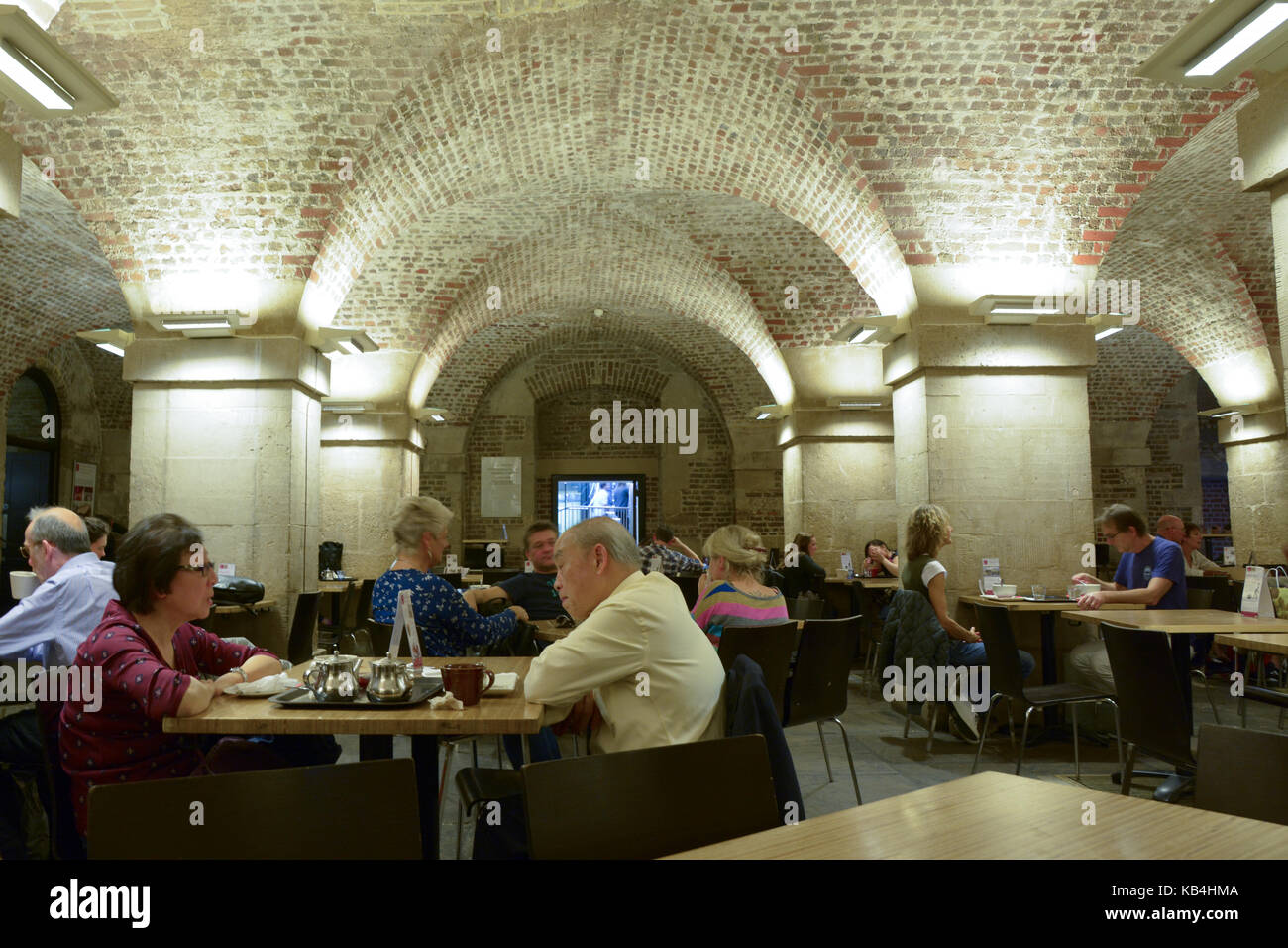 london cafe in the crypt