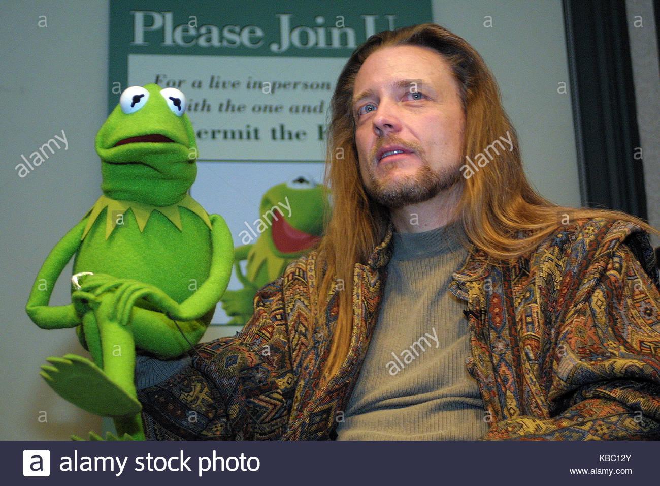 Kermit Frog Stock s & Kermit Frog Stock Alamy