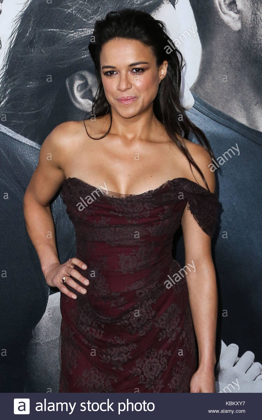 Cleavage Michelle Rodriguez nudes (65 foto and video), Tits, Cleavage, Boobs, braless 2018