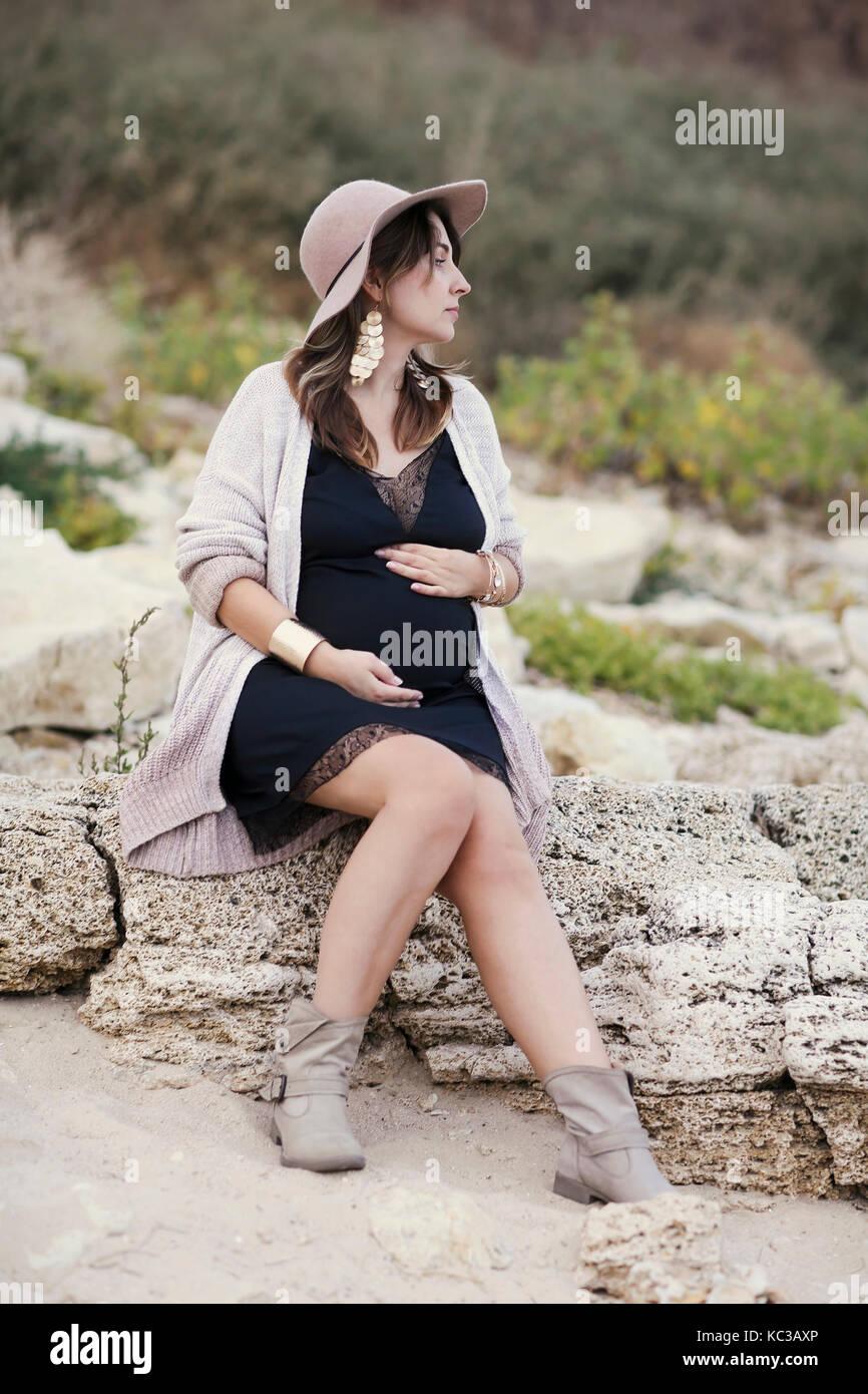 Stylish Pregnant Girl Stock Photos & Stylish Pregnant Girl ...