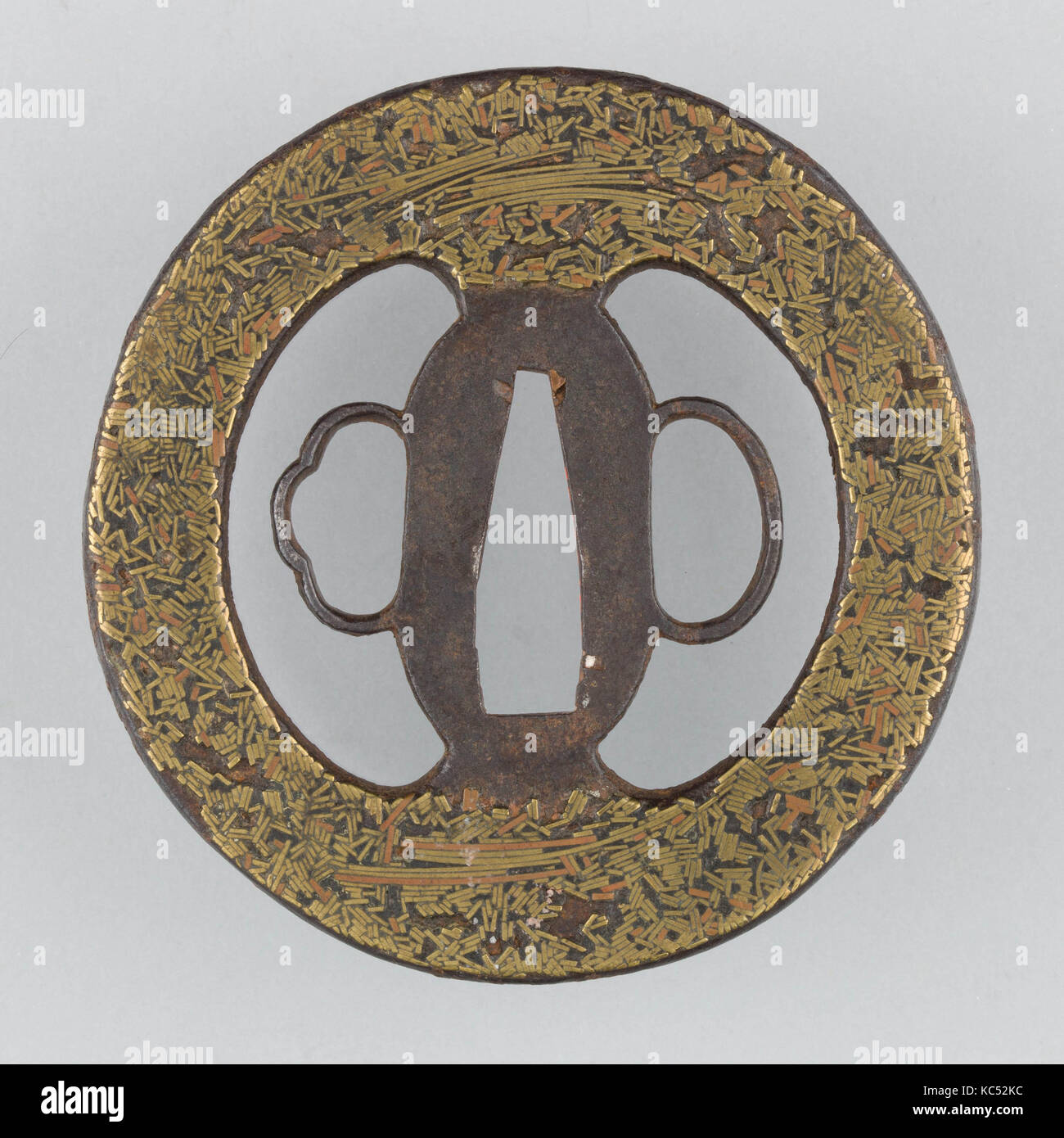 Sword guard tsuba 17th century japanese iron brass copper sword guard tsuba 17th century japanese iron brass copper diam 3 in 76 cm thickness 316 in 05 cm wt 42 oz buycottarizona Image collections