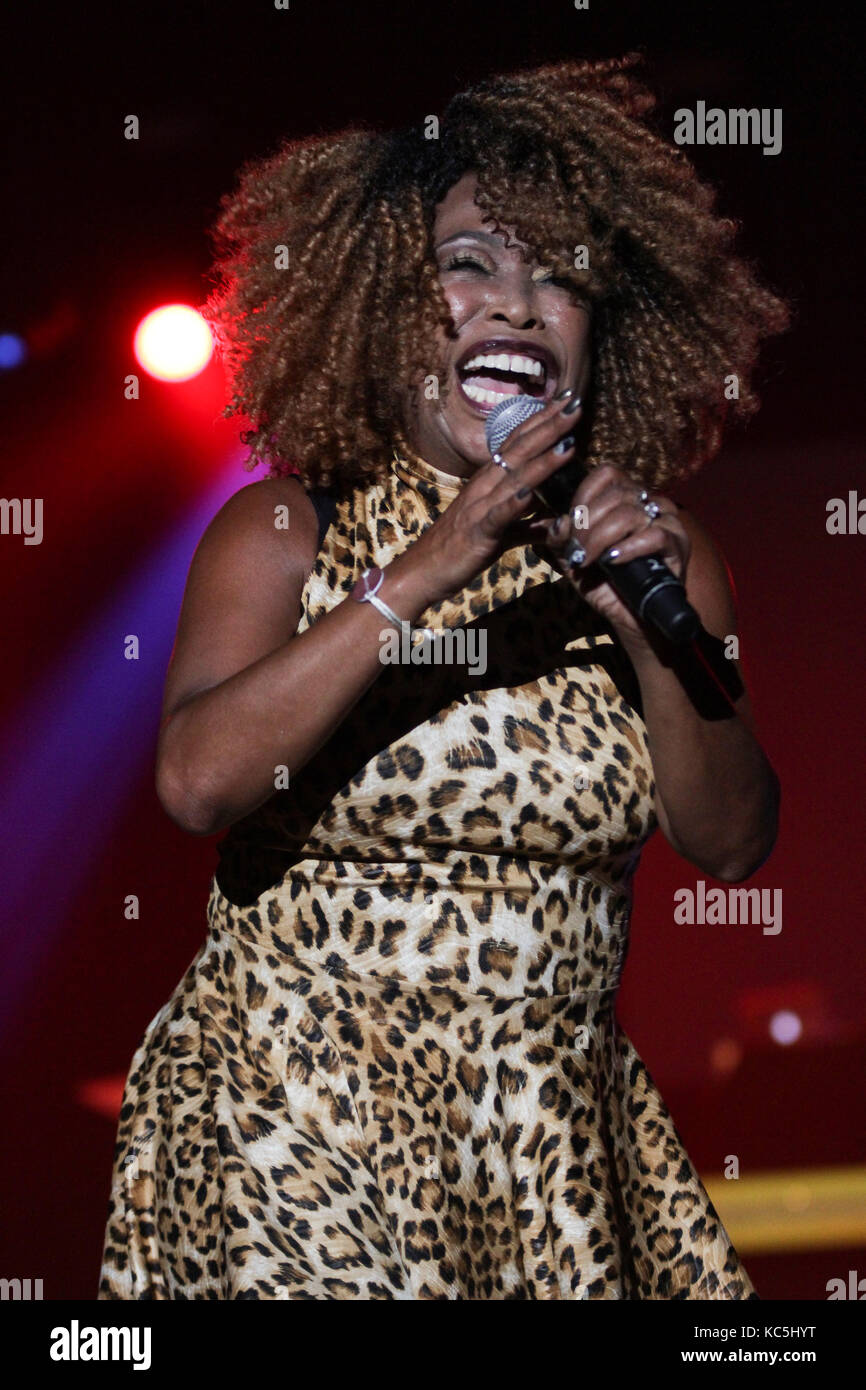 The former lead singer of the group Mirage failed to prove in court that she was not an alcoholic 03.12.2012 14
