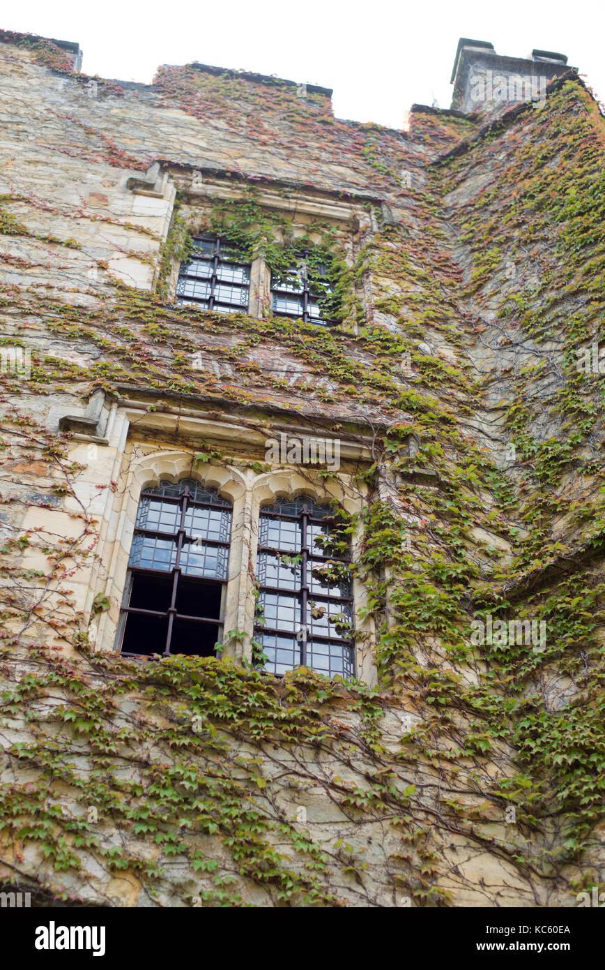 New York Famous Castle Html Autos Post