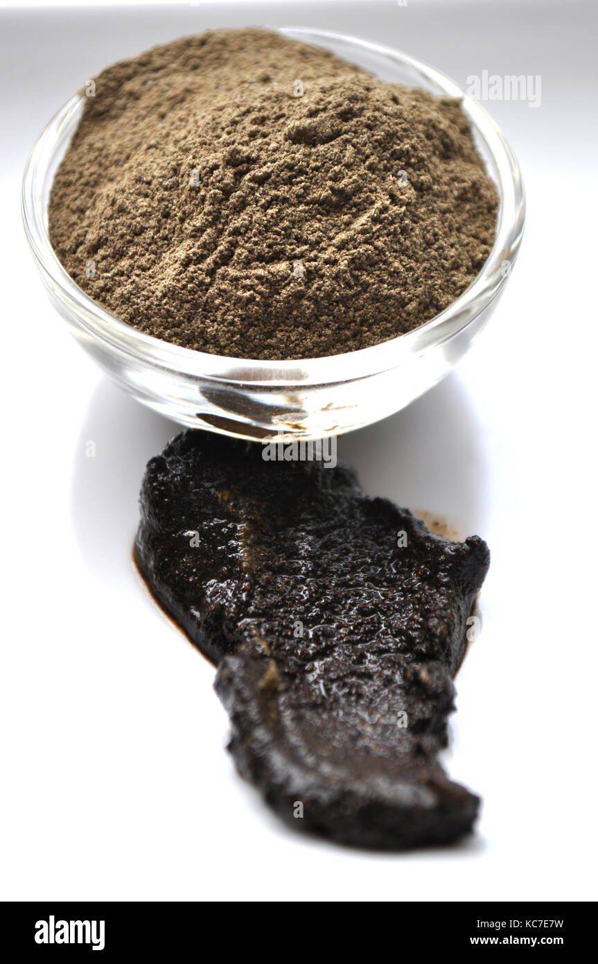 A Close Up Of A Natural Henna Powder A Natural Plant Based Hair