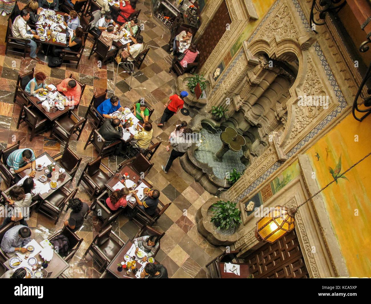 Casa de los azulejos stock photos casa de los azulejos for Los azulejos