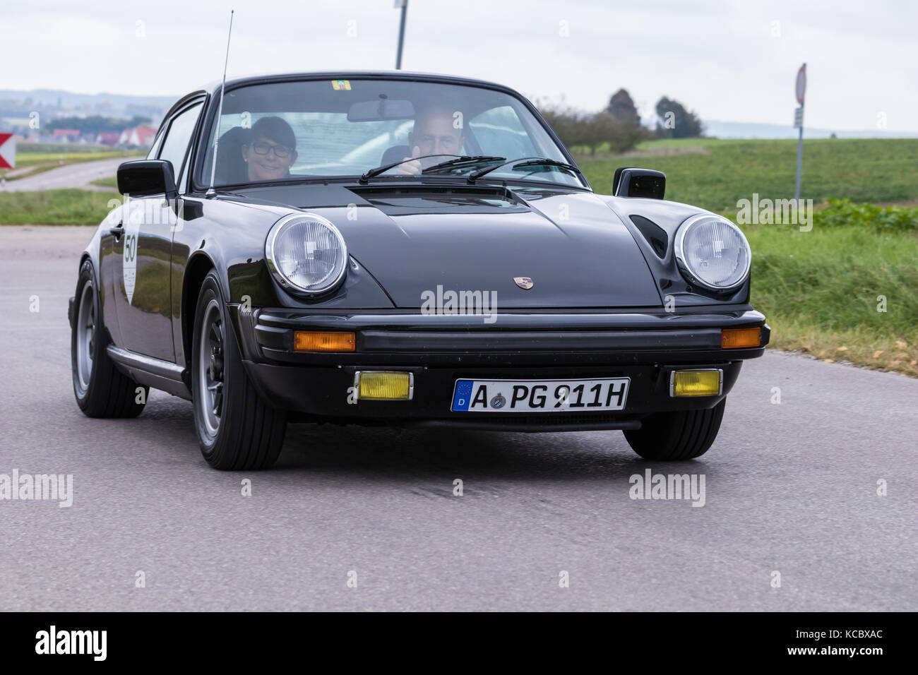 porsche 911 classic stock photos porsche 911 classic stock images alamy. Black Bedroom Furniture Sets. Home Design Ideas