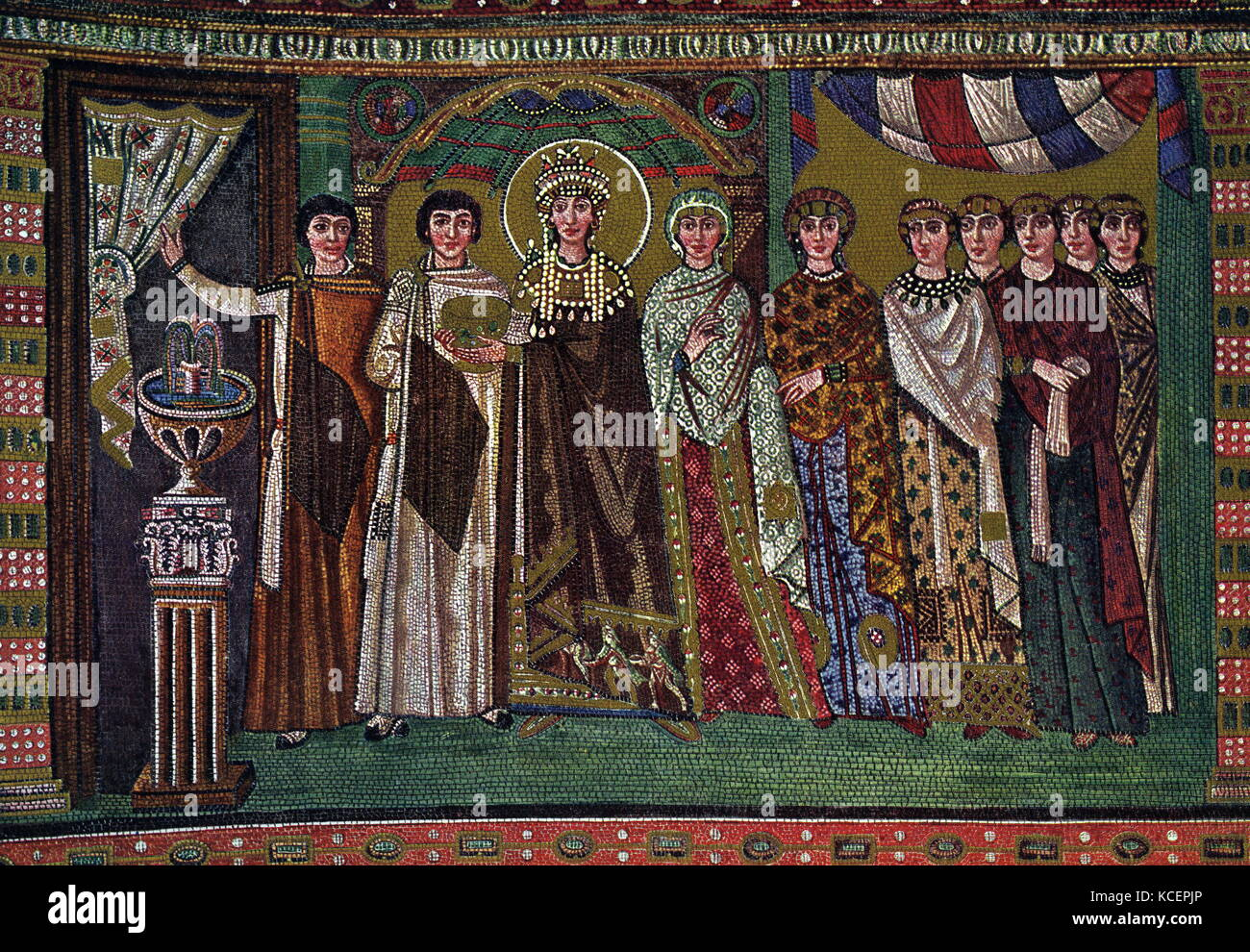 a history of the byzantine empire The byzantine empire lasted for over a thousand years, and it was home to the largest and most powerful empire in the world this is a timeline of its history.