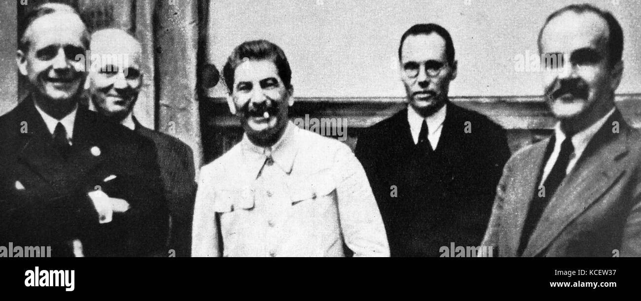 molotov ribbentrop pact In summary the molotov-ribbentrop pact did the following things in addition to being a non-aggression pact:-partitioned eastern europe into spheres of influence between the ussr and germany.