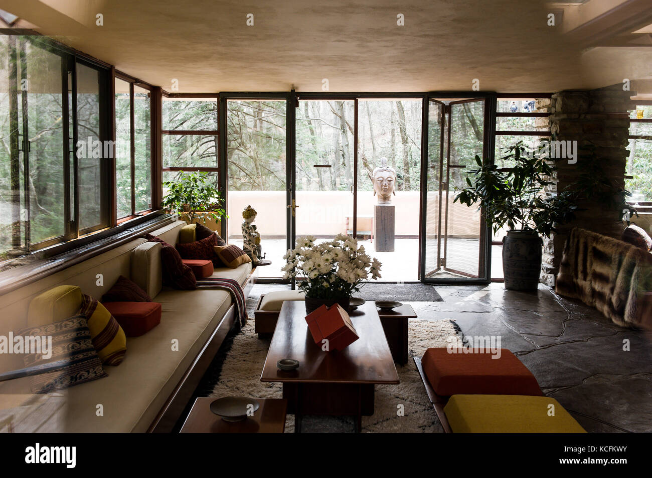 frank lloyd wright house interior stock photos u0026 frank lloyd