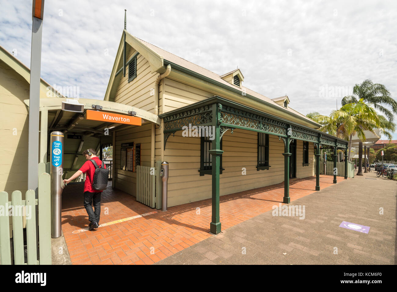 how to go to watson bay sydney from museum station