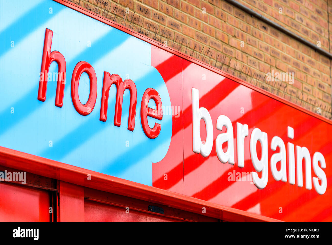Northampton Uk October 5 2017 Home Bargains Logo Sign In Stock