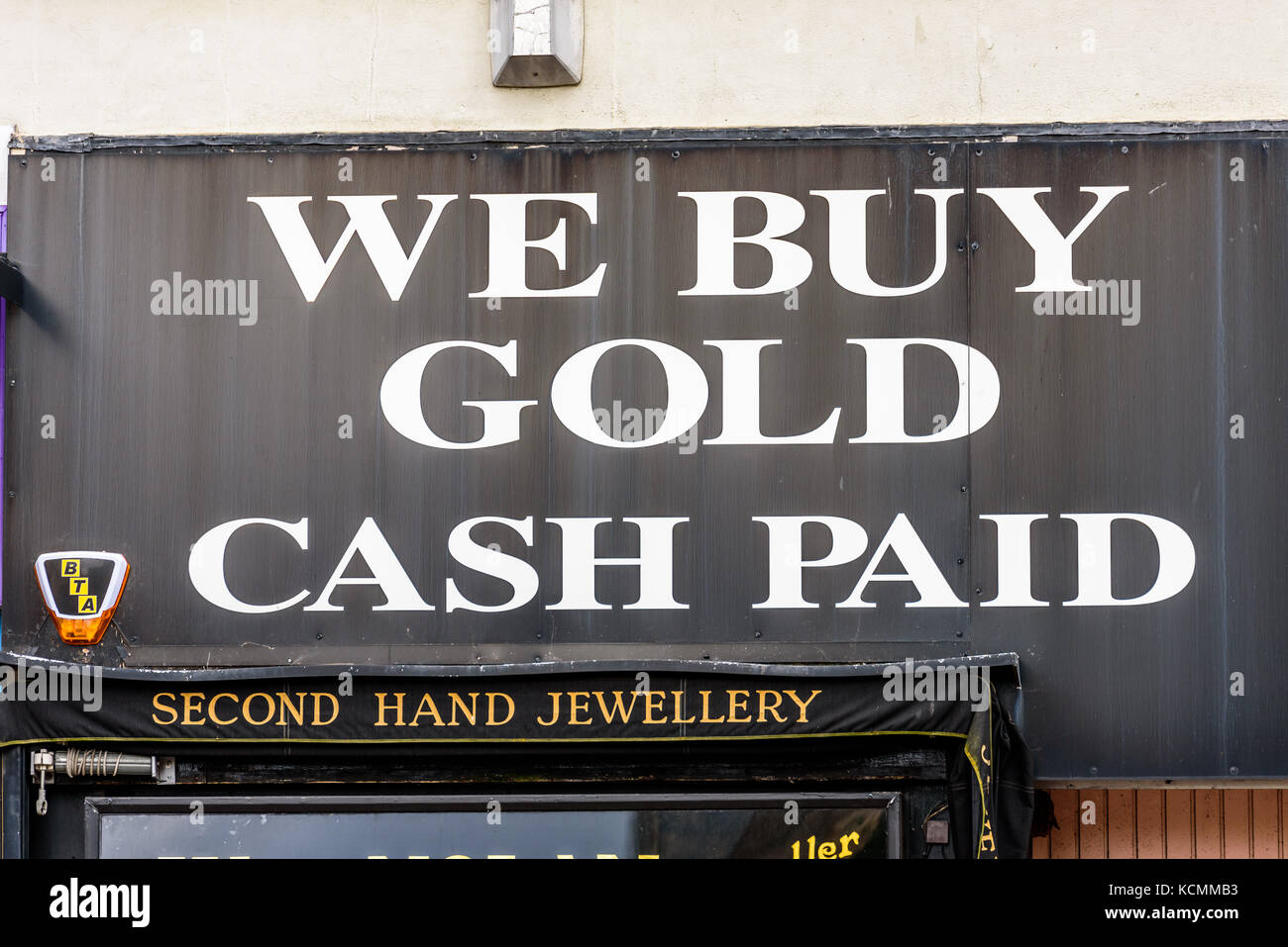 Northampton UK October 5, 2017: We Buy Gold Cash Paod sign in Stock ...