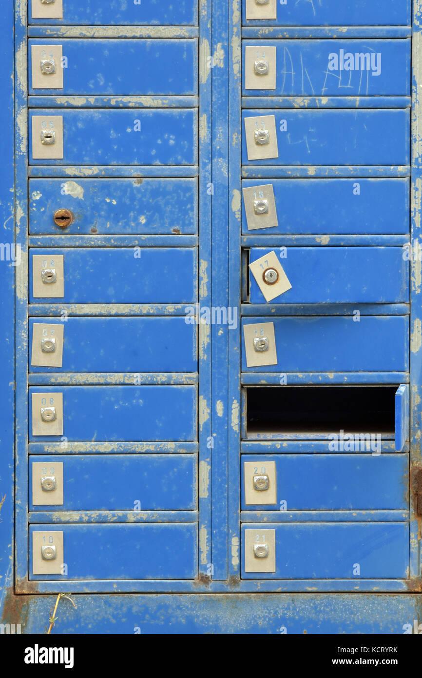 Postmen On Stock Photos Amp Postmen On Stock Images Alamy