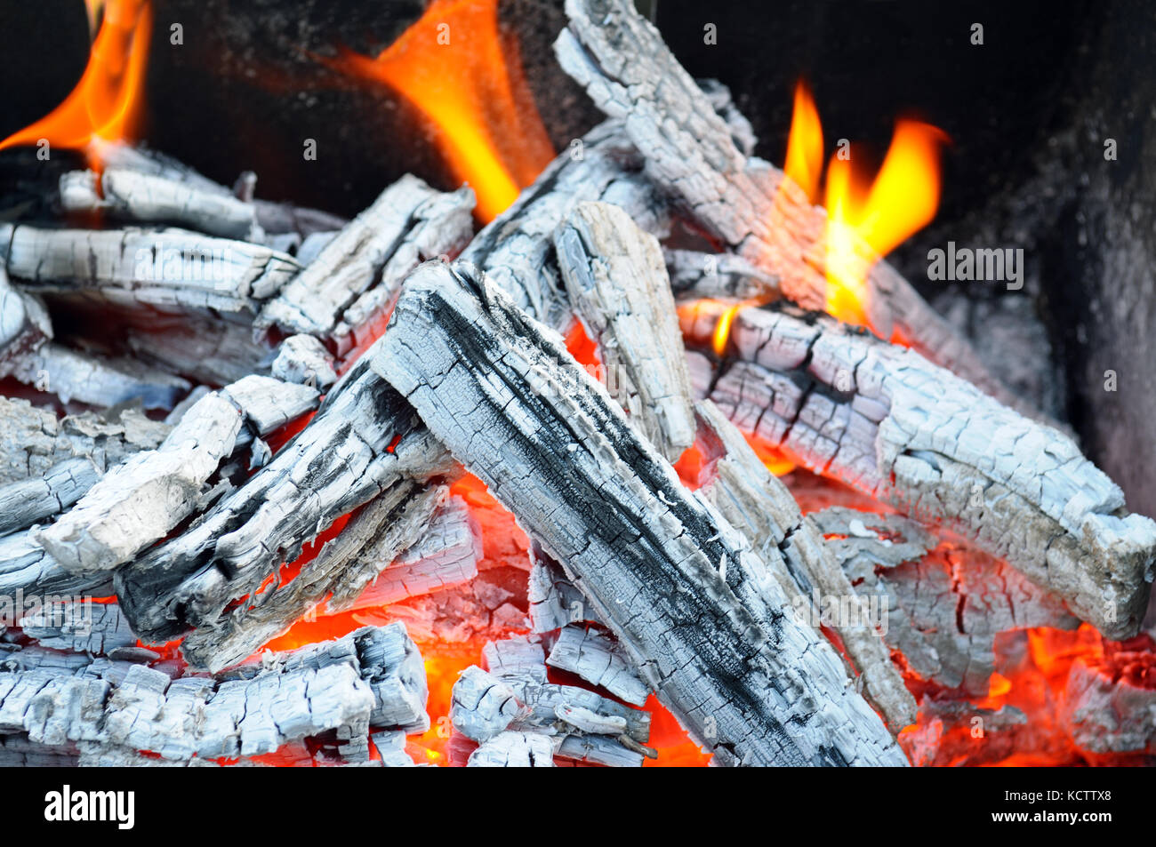 ash wood charcoal stock photos u0026 ash wood charcoal stock images