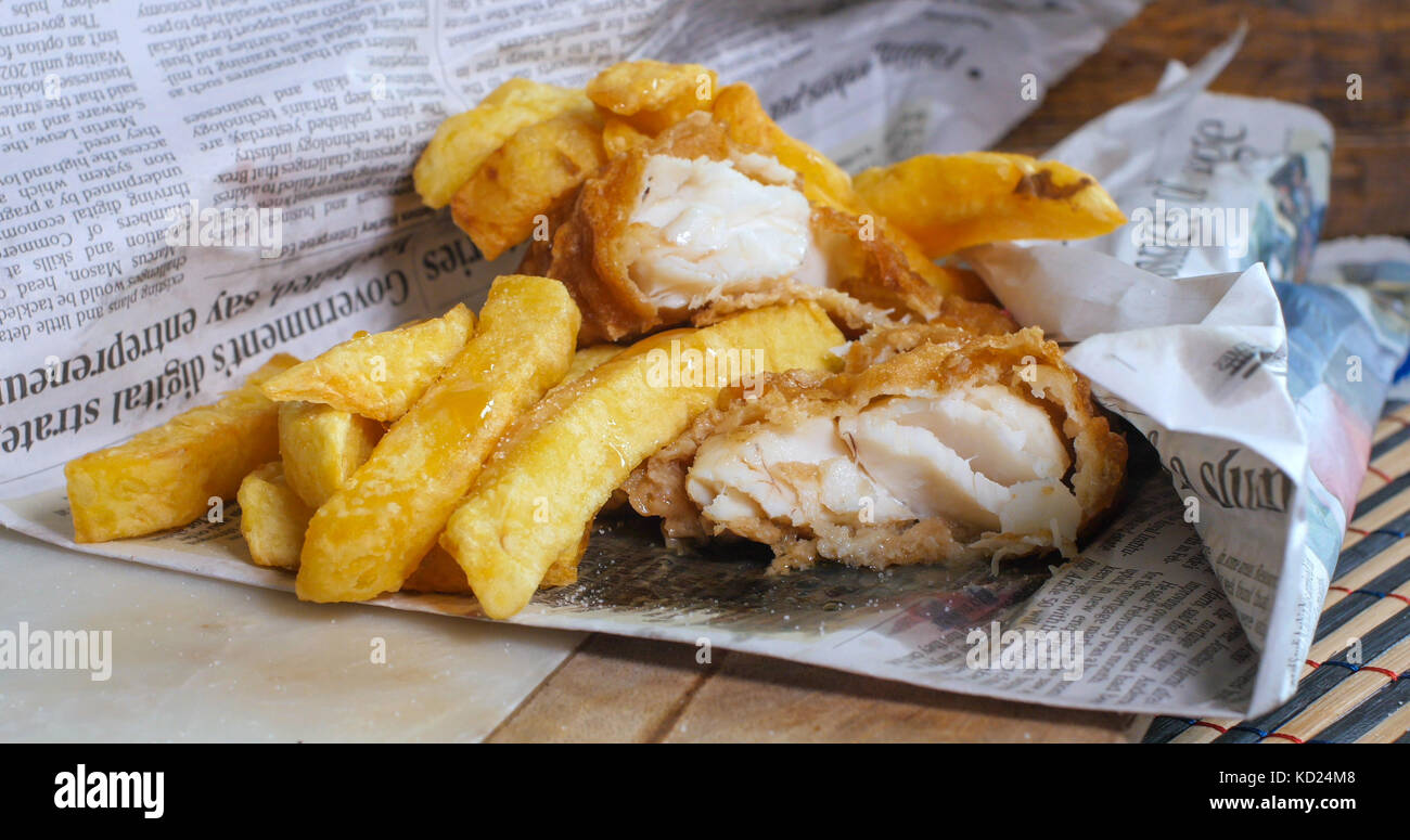 Fish And Chips Newspaper Stock Photos & Fish And Chips Newspaper Stock Images - Alamy