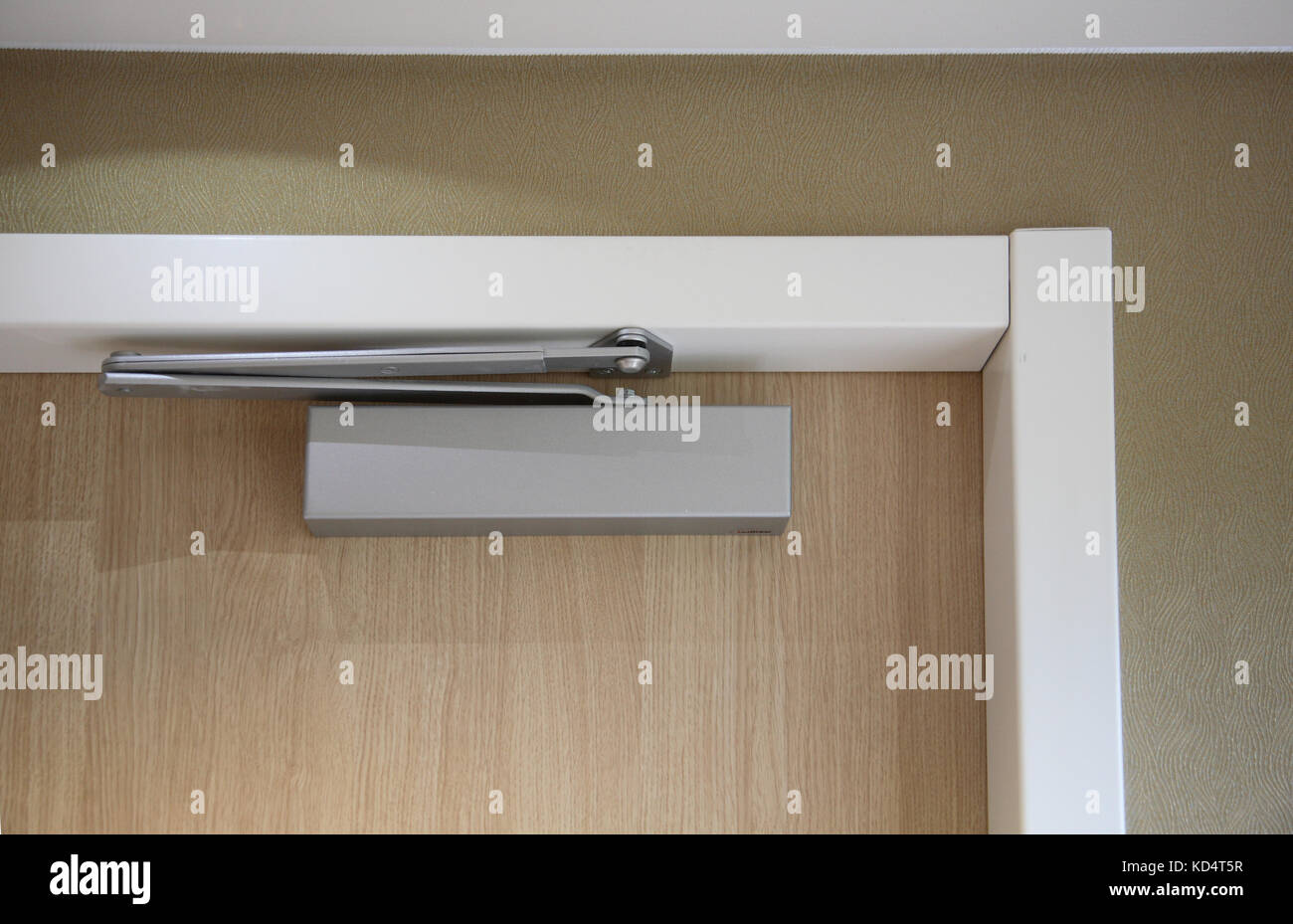 Close-up of a modern hotel room door showing door closer and other fittings to & Fire Regulations Stock Photos \u0026 Fire Regulations Stock Images - Alamy