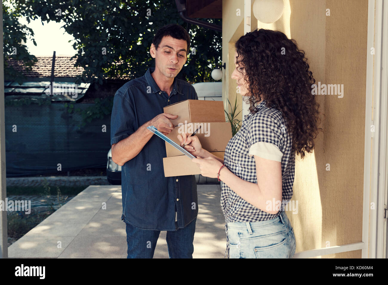 Cash Delivery Stock Photos Amp Cash Delivery Stock Images